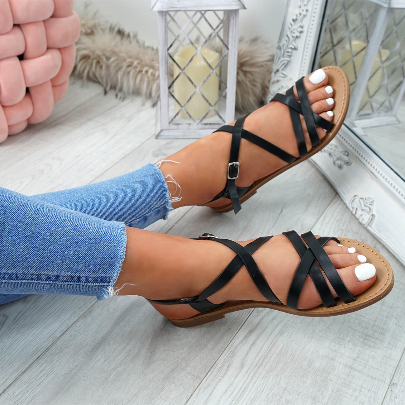 WOMENS LADIES ANKLE STRAP PEEP TOE BUCKLE FLAT SANDALS SUMMER CASUAL SHOES