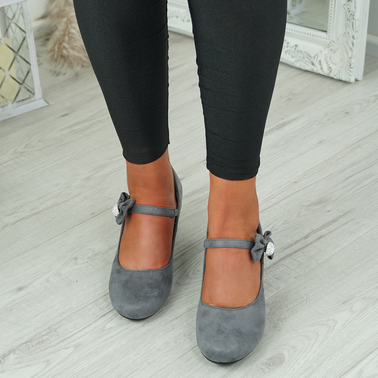 NEW-WOMENS-BLOCK-HEEL-PUMPS-BOW-BUCKLE-STRAP-ROUNDED-TOE-CASUAL-SHOES-SIZE thumbnail 17