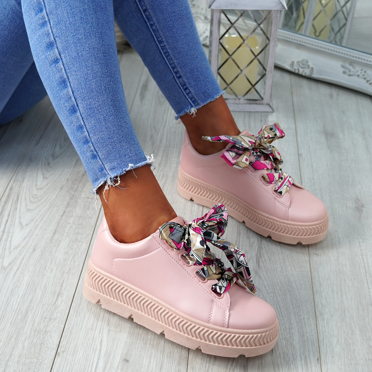 WOMENS-LADIES-RIBBON-LACE-UP-TRAINERS-PLIMSOLLS-COMFY-SNEAKERS-FASHION-SHOES