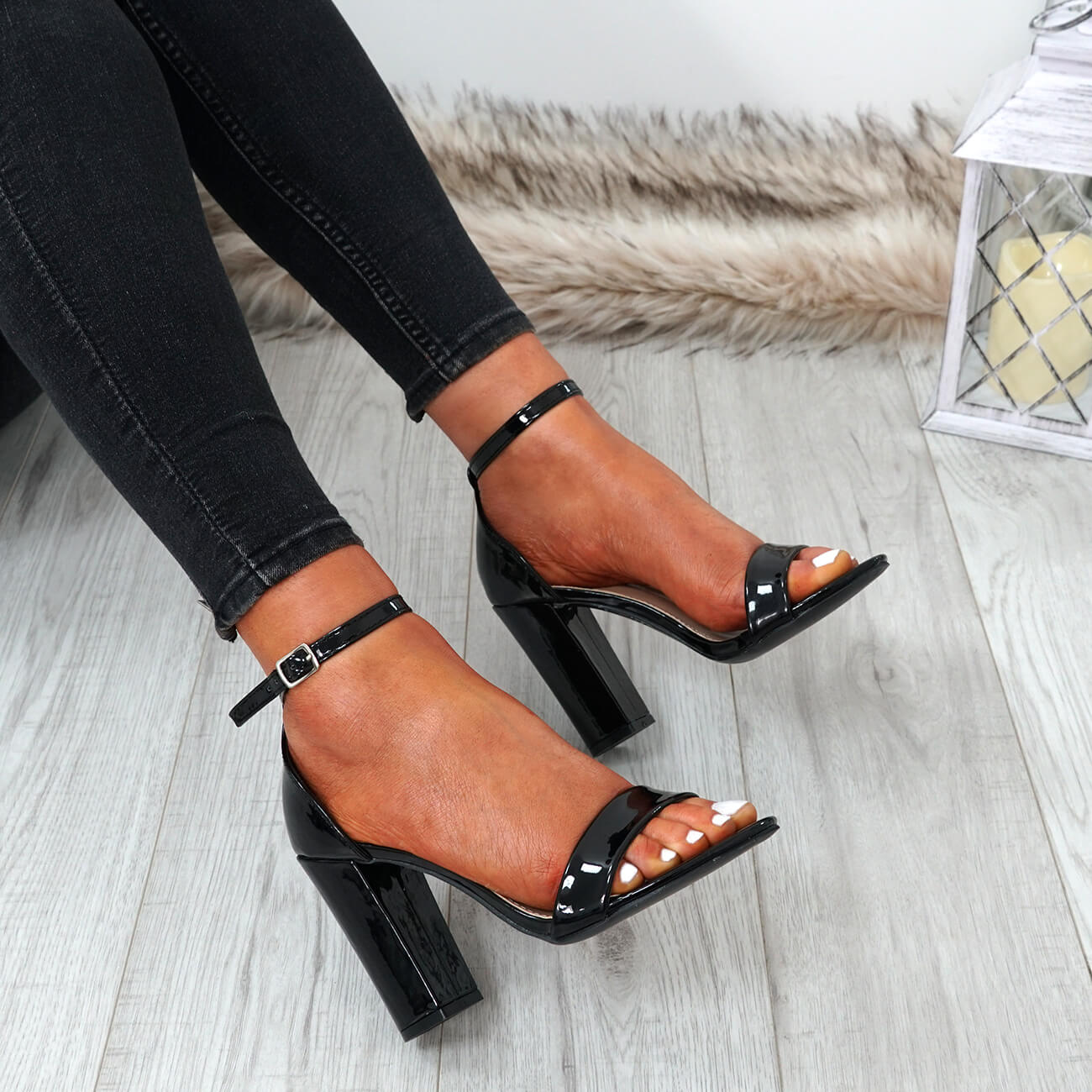 WOMENS-LADIES-ANKLE-STRAP-HIGH-BLOCK-HEEL-SANDALS-PEEP-TOE-PARTY-SHOES-SIZE thumbnail 8