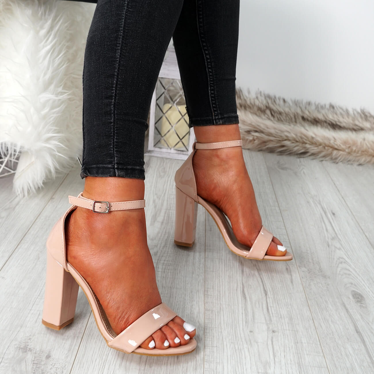 WOMENS-LADIES-ANKLE-STRAP-HIGH-BLOCK-HEEL-SANDALS-PEEP-TOE-PARTY-SHOES-SIZE thumbnail 19