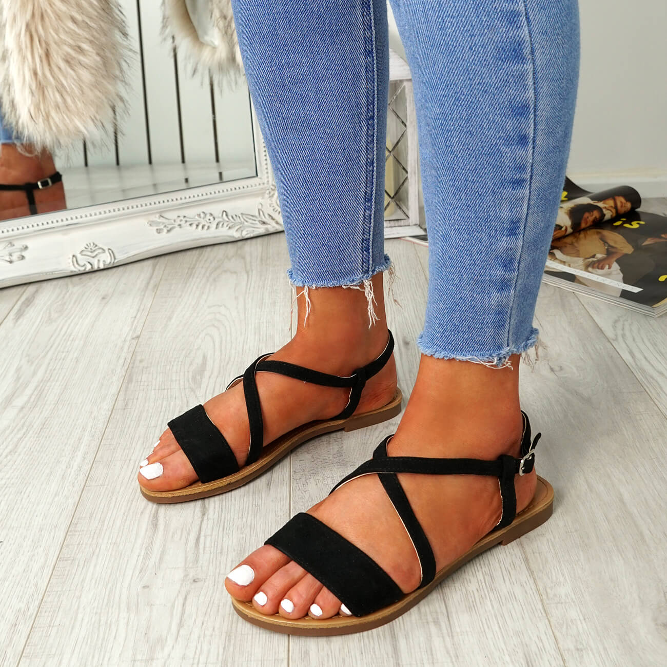 WOMENS-LADIES-ANKLE-STRAP-PEEP-TOE-FLAT-SANDALS-COMFY-SUMMER-SHOES-SIZE thumbnail 8