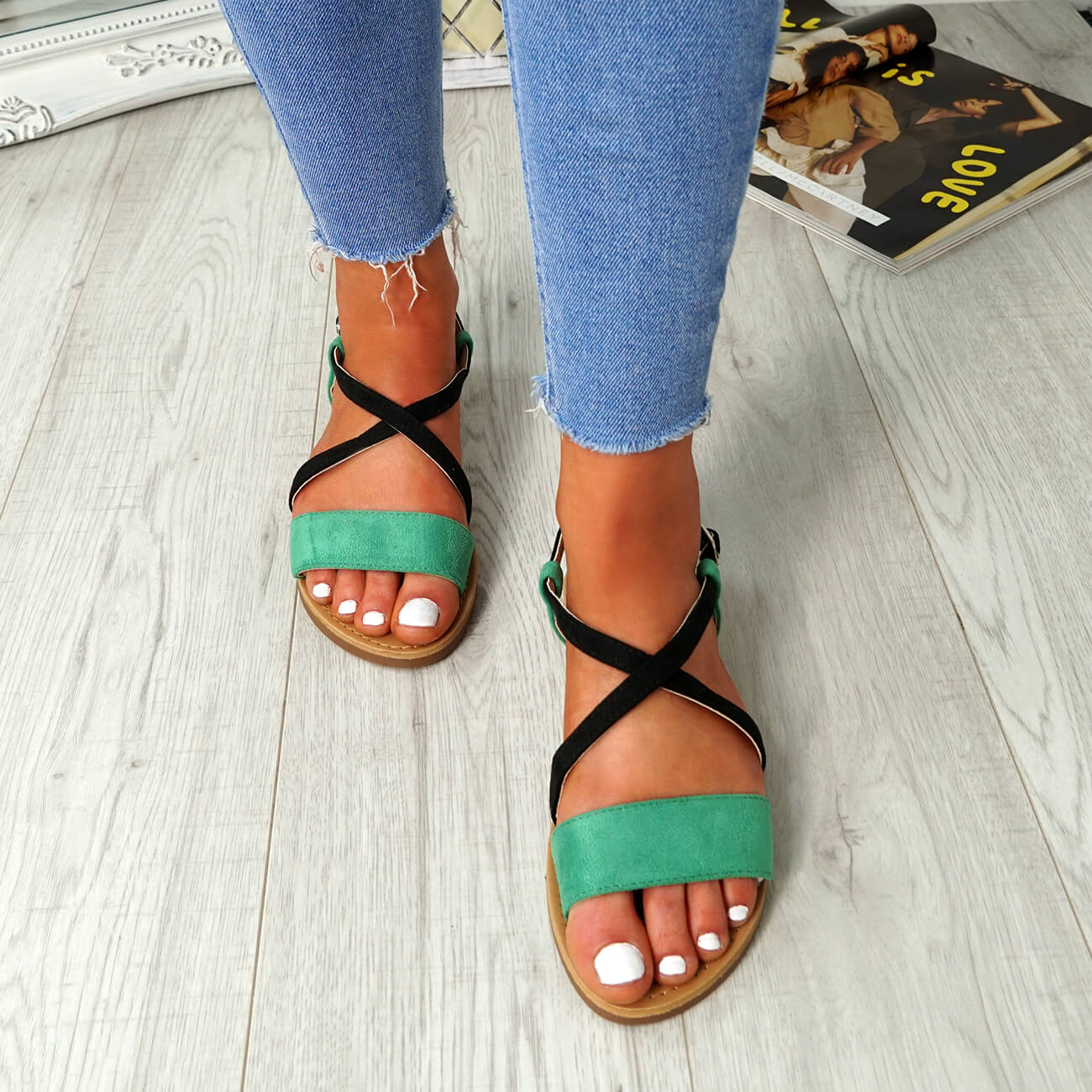 WOMENS-LADIES-ANKLE-STRAP-PEEP-TOE-FLAT-SANDALS-COMFY-SUMMER-SHOES-SIZE thumbnail 12