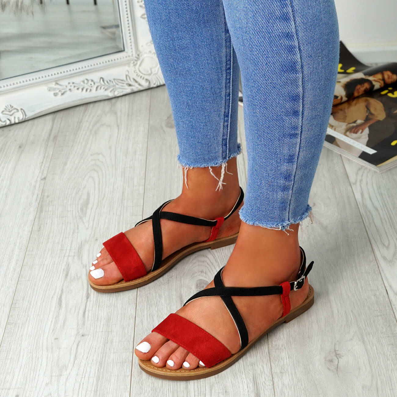 WOMENS-LADIES-ANKLE-STRAP-PEEP-TOE-FLAT-SANDALS-COMFY-SUMMER-SHOES-SIZE thumbnail 18