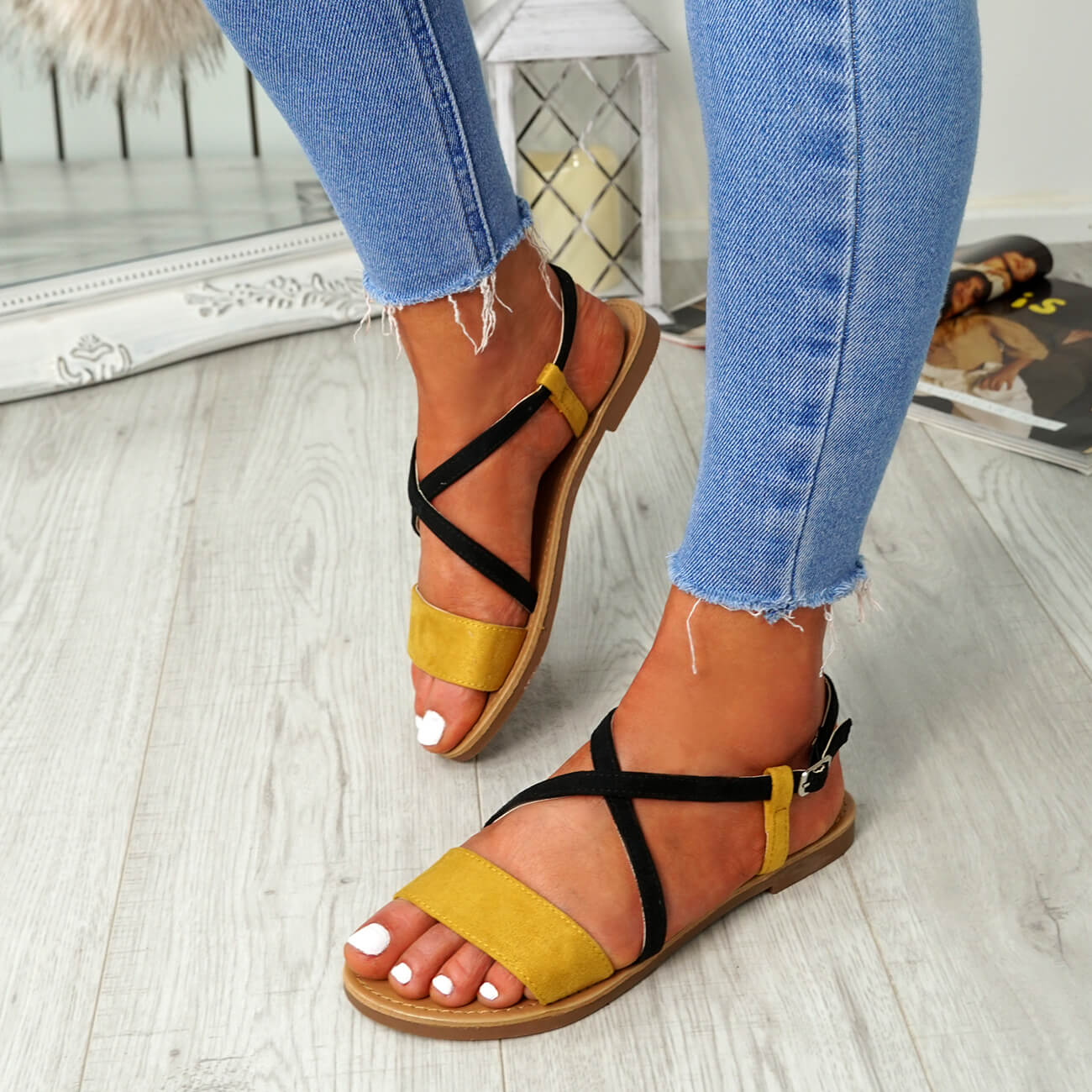 WOMENS-LADIES-ANKLE-STRAP-PEEP-TOE-FLAT-SANDALS-COMFY-SUMMER-SHOES-SIZE thumbnail 23