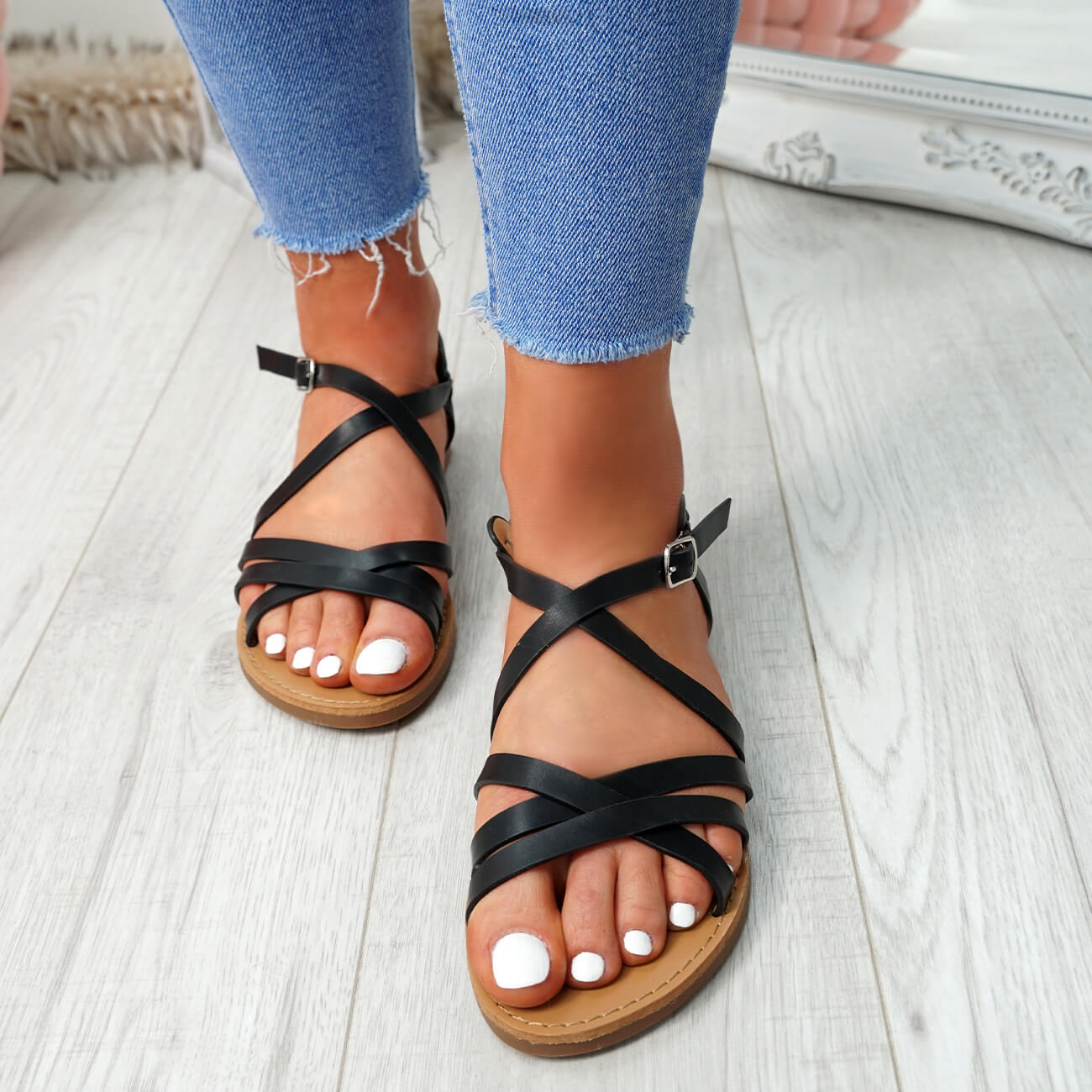 WOMENS-LADIES-ANKLE-STRAP-PEEP-TOE-BUCKLE-FLAT-SANDALS-SUMMER-CASUAL-SHOES thumbnail 7
