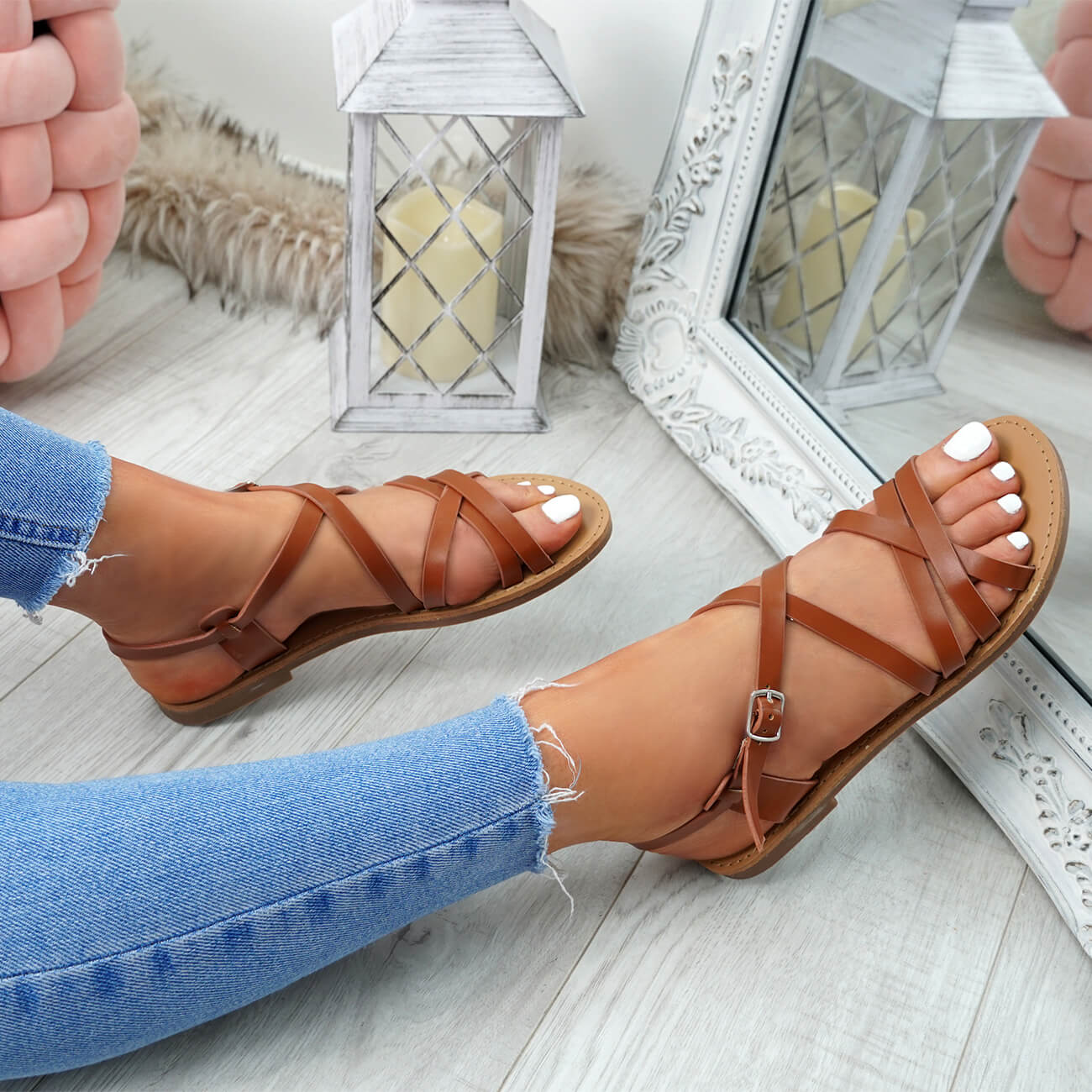 WOMENS-LADIES-ANKLE-STRAP-PEEP-TOE-BUCKLE-FLAT-SANDALS-SUMMER-CASUAL-SHOES thumbnail 12
