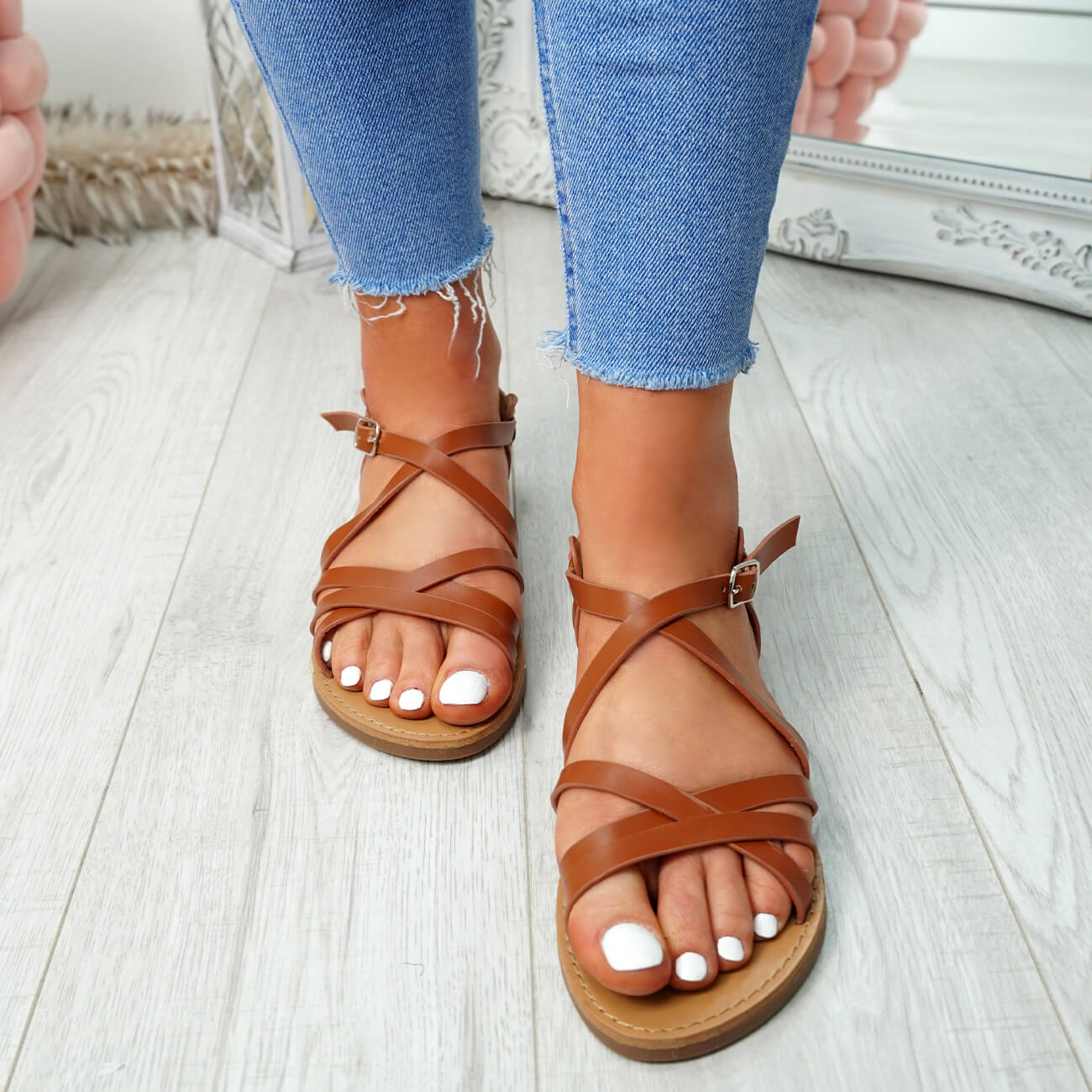 WOMENS-LADIES-ANKLE-STRAP-PEEP-TOE-BUCKLE-FLAT-SANDALS-SUMMER-CASUAL-SHOES thumbnail 14