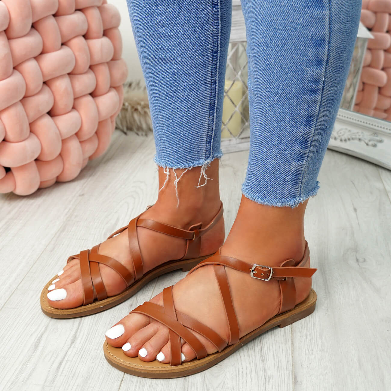 WOMENS-LADIES-ANKLE-STRAP-PEEP-TOE-BUCKLE-FLAT-SANDALS-SUMMER-CASUAL-SHOES thumbnail 15