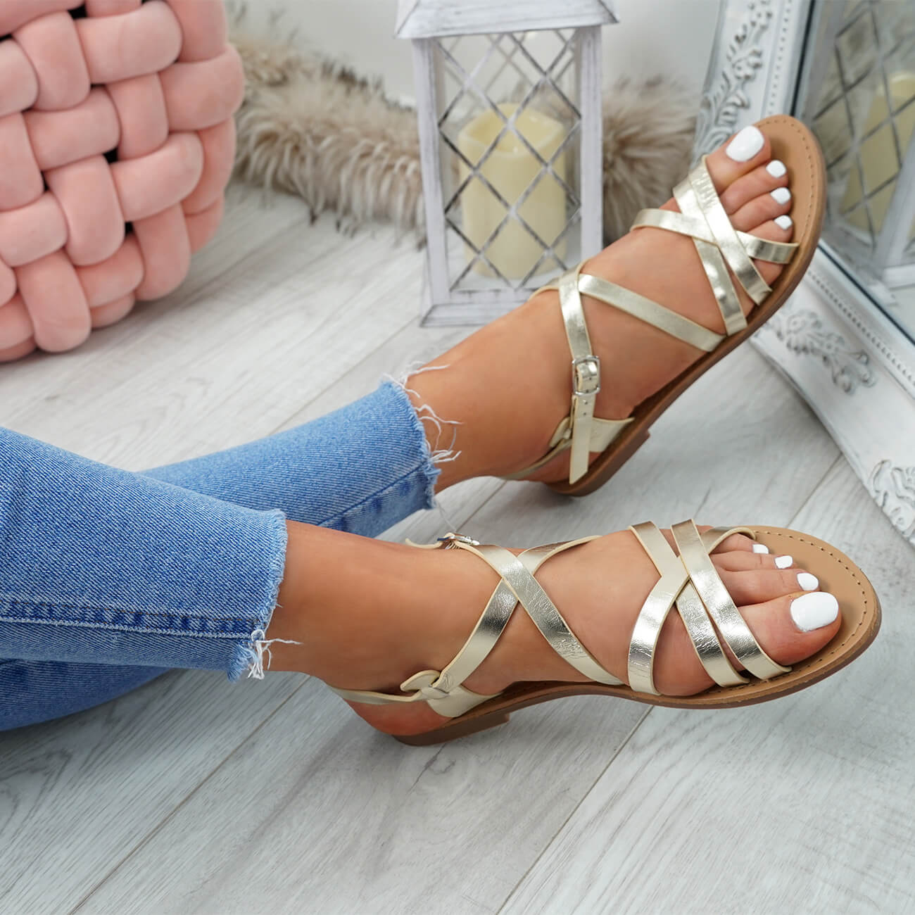 WOMENS-LADIES-ANKLE-STRAP-PEEP-TOE-BUCKLE-FLAT-SANDALS-SUMMER-CASUAL-SHOES thumbnail 19