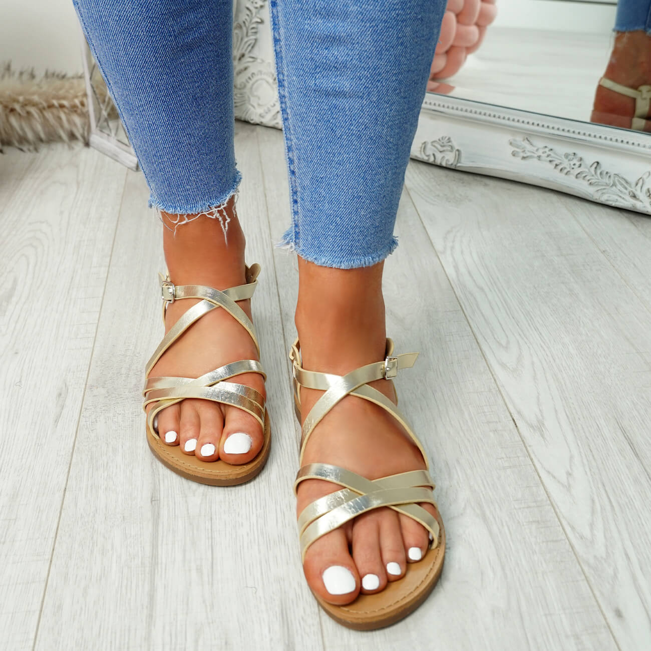 WOMENS-LADIES-ANKLE-STRAP-PEEP-TOE-BUCKLE-FLAT-SANDALS-SUMMER-CASUAL-SHOES thumbnail 20