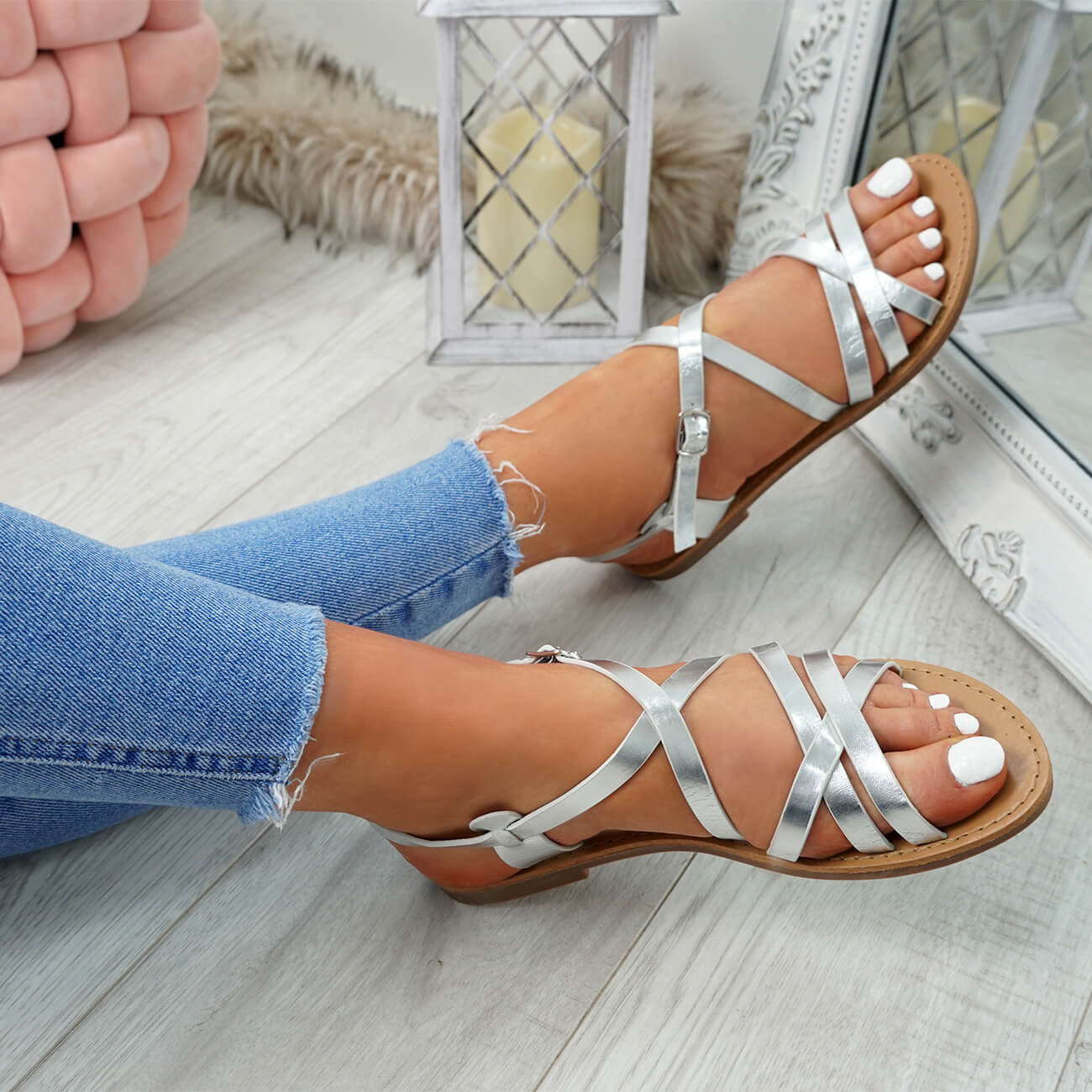WOMENS-LADIES-ANKLE-STRAP-PEEP-TOE-BUCKLE-FLAT-SANDALS-SUMMER-CASUAL-SHOES thumbnail 24