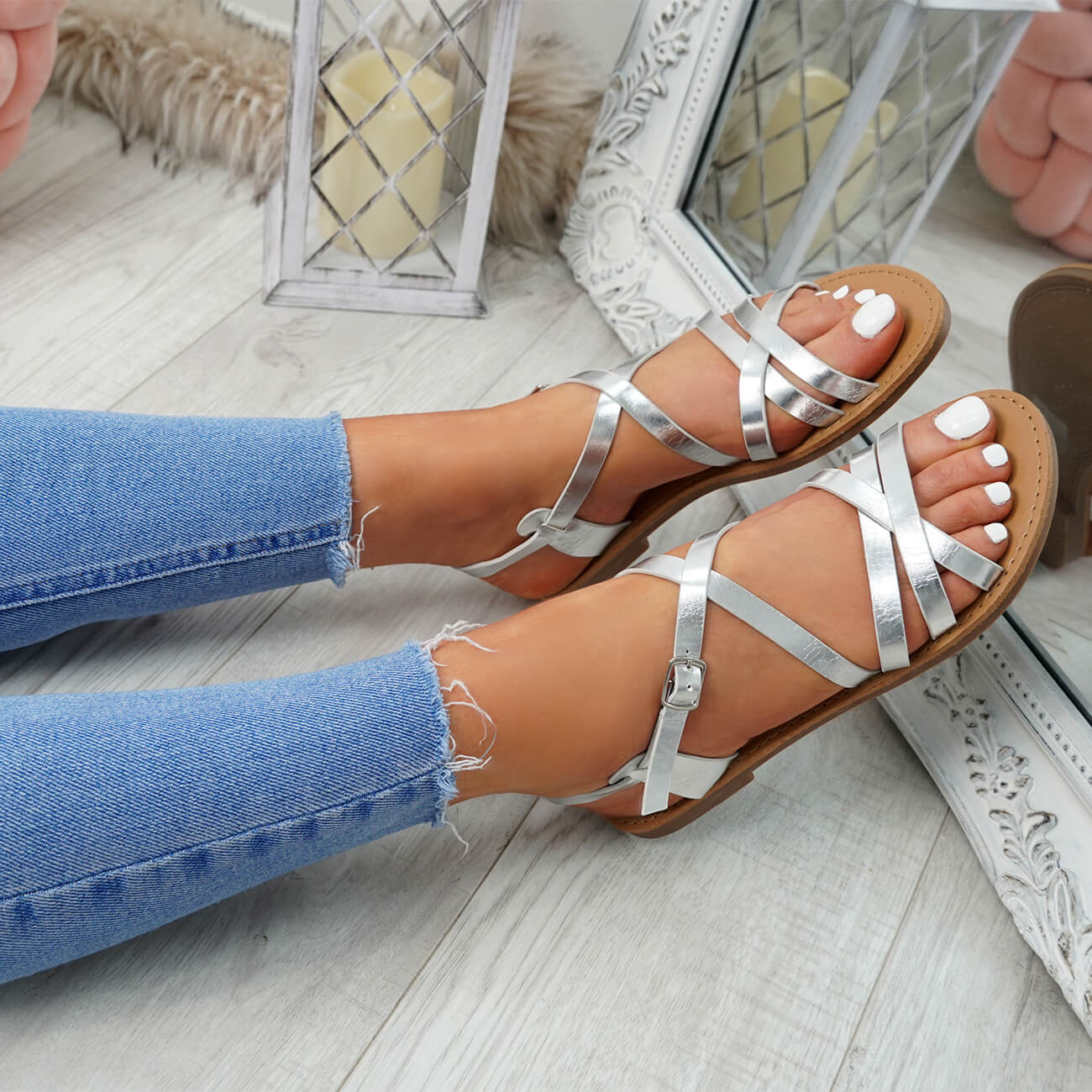 WOMENS-LADIES-ANKLE-STRAP-PEEP-TOE-BUCKLE-FLAT-SANDALS-SUMMER-CASUAL-SHOES thumbnail 25