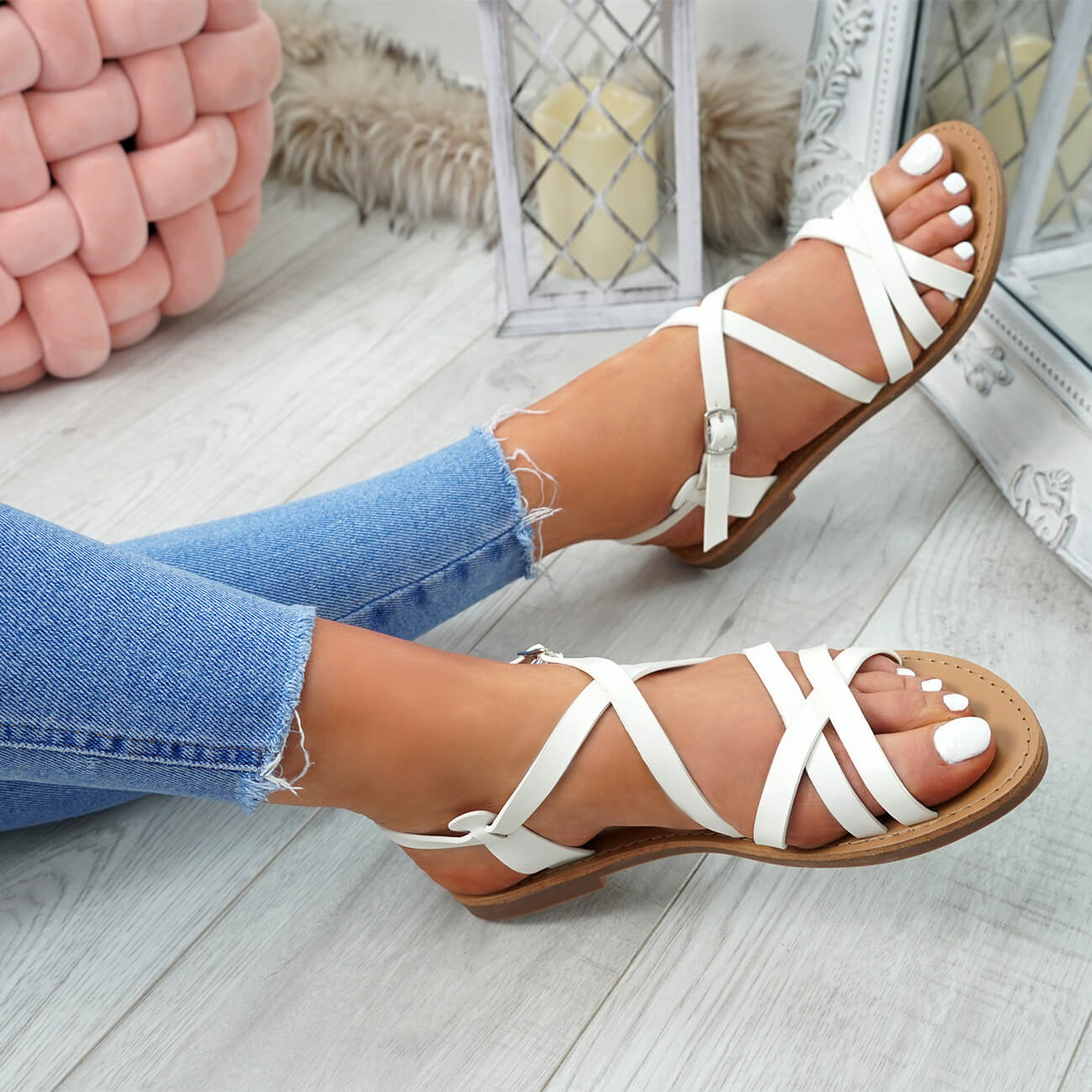 WOMENS-LADIES-ANKLE-STRAP-PEEP-TOE-BUCKLE-FLAT-SANDALS-SUMMER-CASUAL-SHOES thumbnail 35