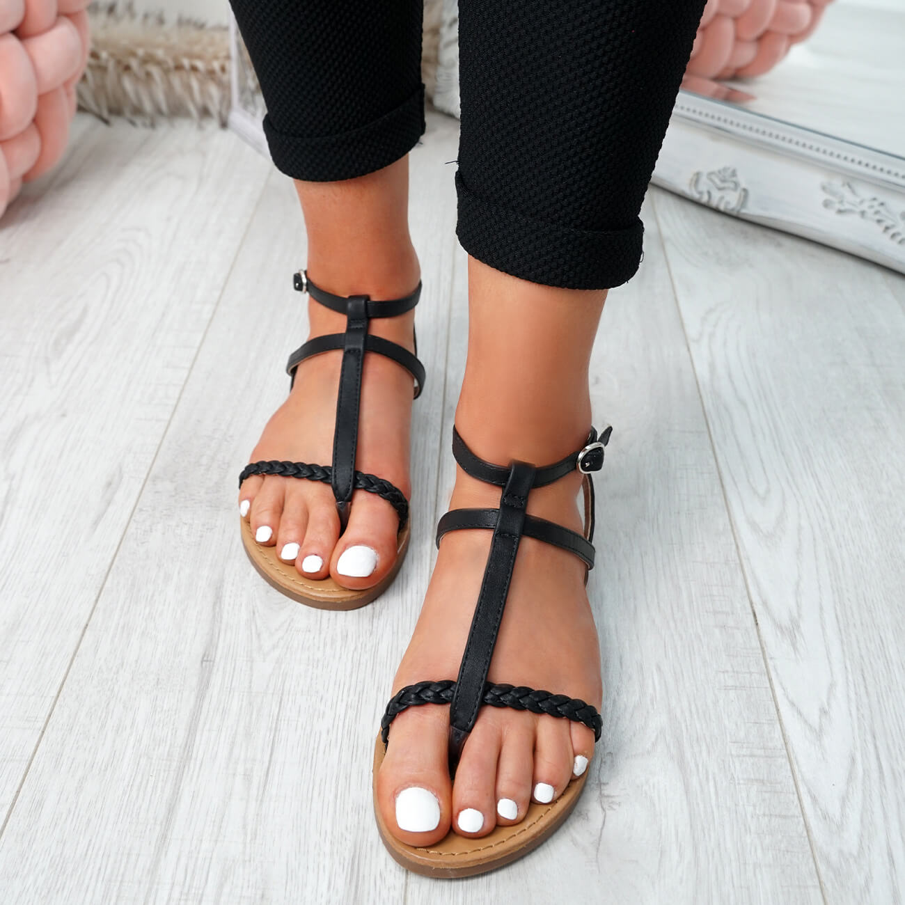 WOMENS-LADIES-T-STRAP-FLAT-SANDALS-BUCKLE-CASUAL-SUMMER-SHOES-SIZE-UK thumbnail 7