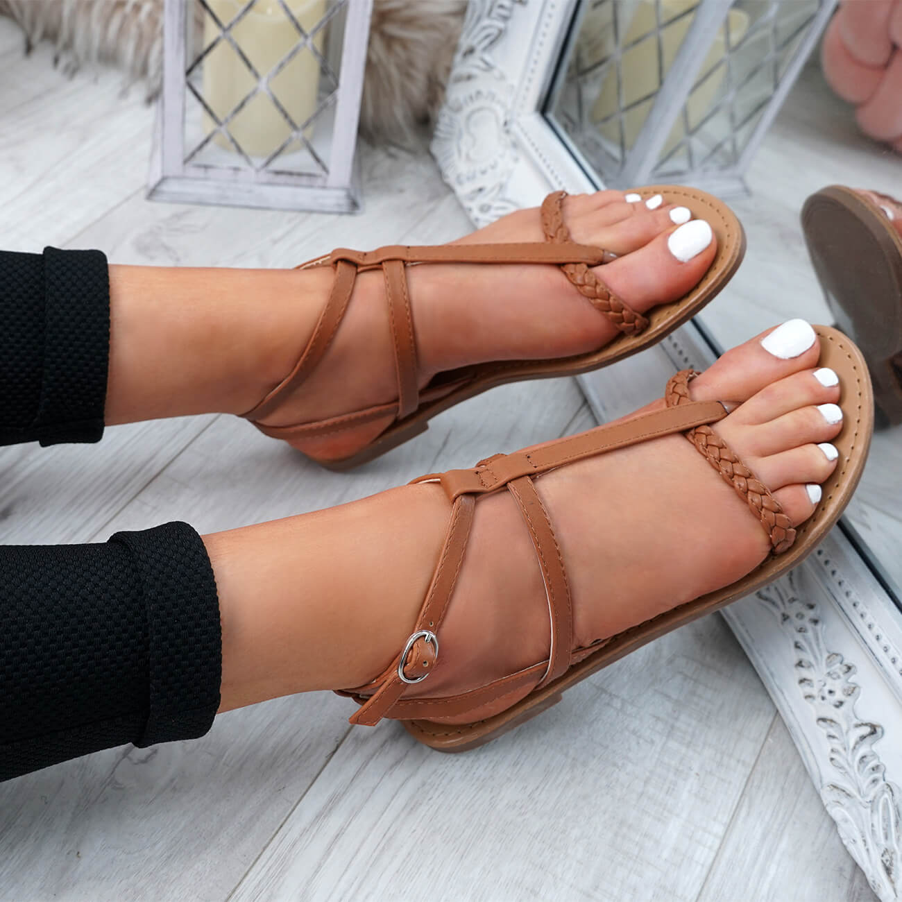 WOMENS-LADIES-T-STRAP-FLAT-SANDALS-BUCKLE-CASUAL-SUMMER-SHOES-SIZE-UK thumbnail 13