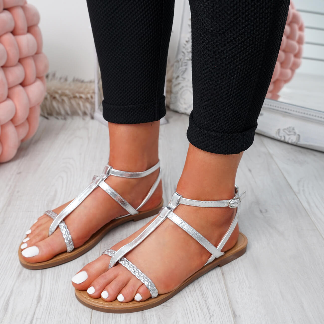 WOMENS-LADIES-T-STRAP-FLAT-SANDALS-BUCKLE-CASUAL-SUMMER-SHOES-SIZE-UK thumbnail 28