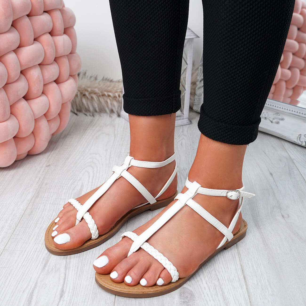 WOMENS-LADIES-T-STRAP-FLAT-SANDALS-BUCKLE-CASUAL-SUMMER-SHOES-SIZE-UK thumbnail 32