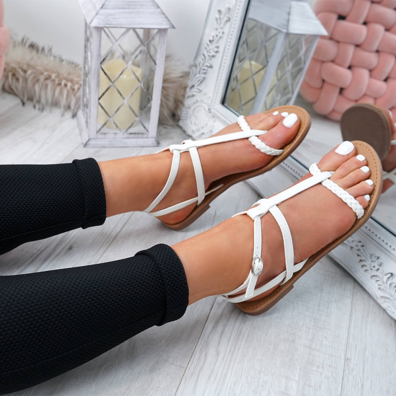 WOMENS-LADIES-T-STRAP-FLAT-SANDALS-BUCKLE-CASUAL-SUMMER-SHOES-SIZE-UK thumbnail 33