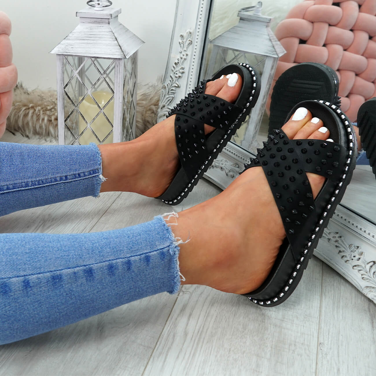 WOMENS-LADIES-SPIKE-STUDS-PEEP-TOE-FLAT-SANDALS-FLIP-FLOPS-SLIP-ON-SHOES-SIZE thumbnail 10