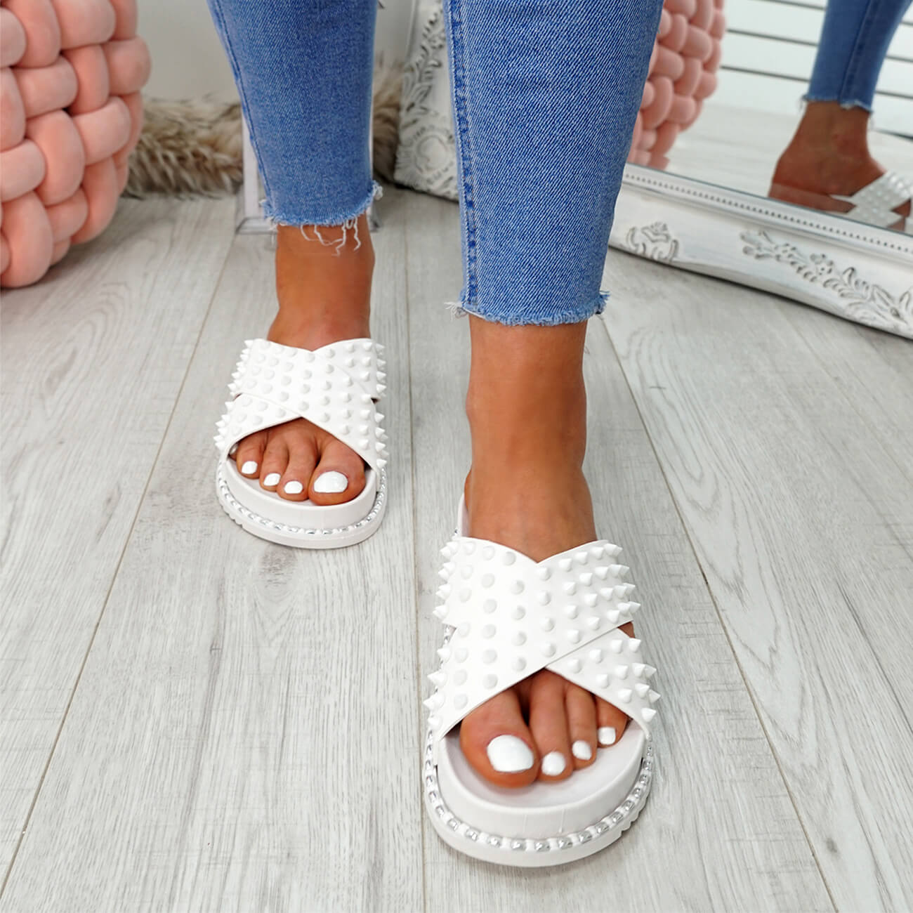 WOMENS-LADIES-SPIKE-STUDS-PEEP-TOE-FLAT-SANDALS-FLIP-FLOPS-SLIP-ON-SHOES-SIZE thumbnail 23