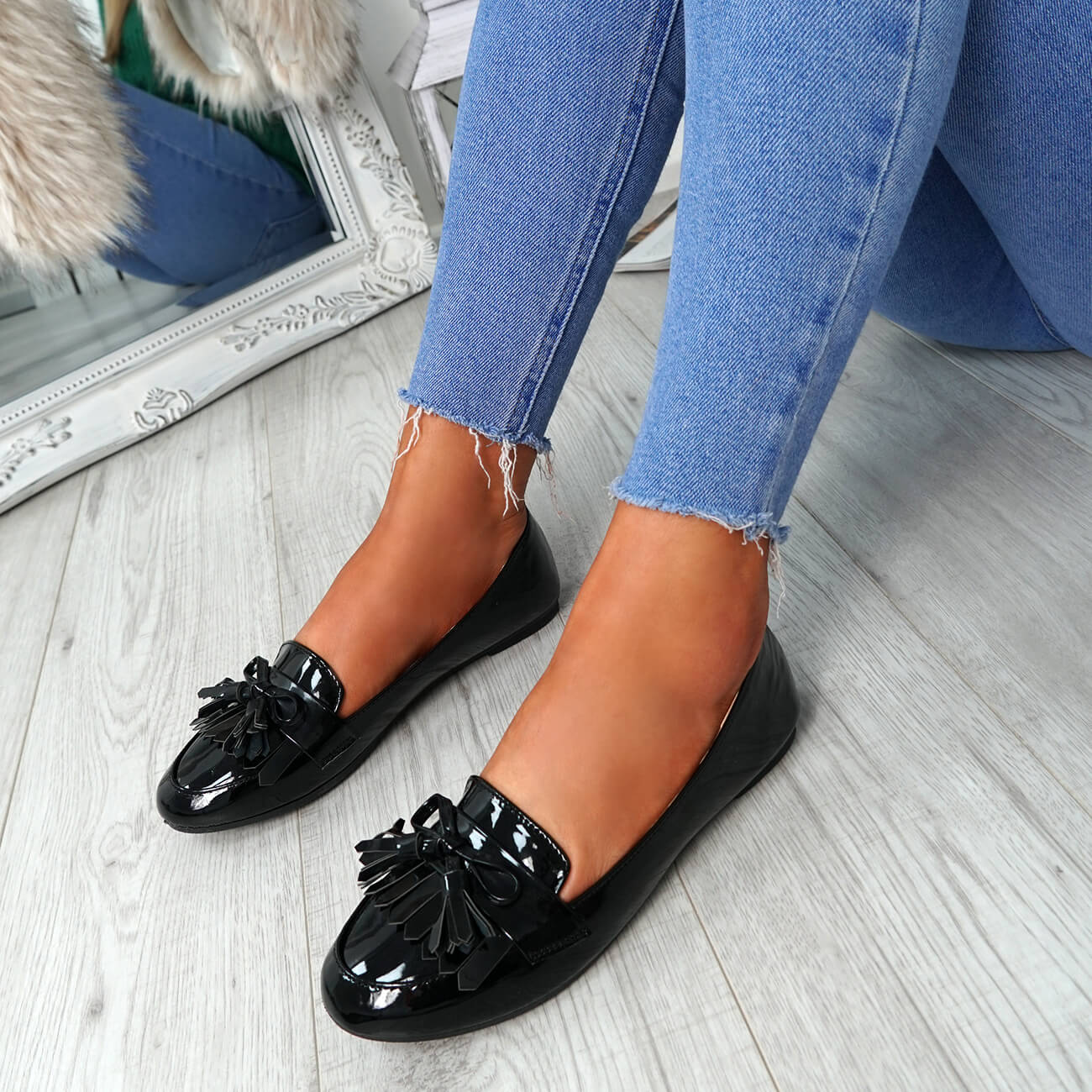 WOMENS-LADIES-FRINGE-BALLERINAS-SLIP-ON-FLAT-DOLLY-PUMPS-CASUAL-SMART-SHOES-SIZE thumbnail 8