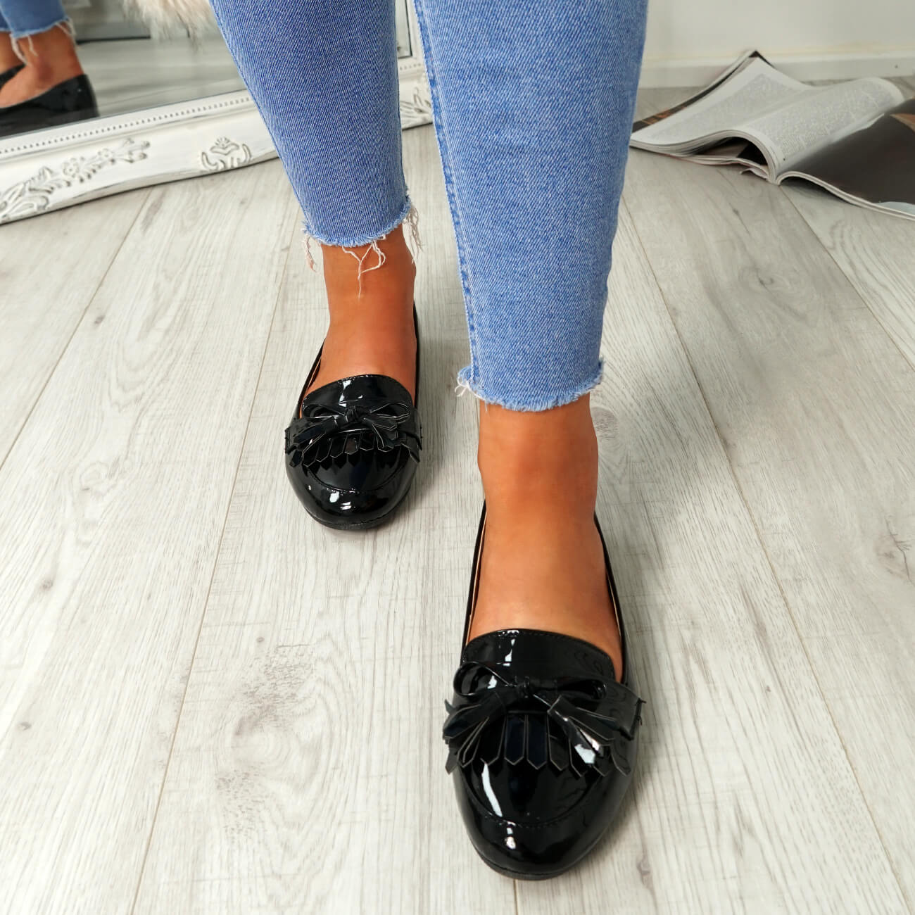 WOMENS-LADIES-FRINGE-BALLERINAS-SLIP-ON-FLAT-DOLLY-PUMPS-CASUAL-SMART-SHOES-SIZE thumbnail 10