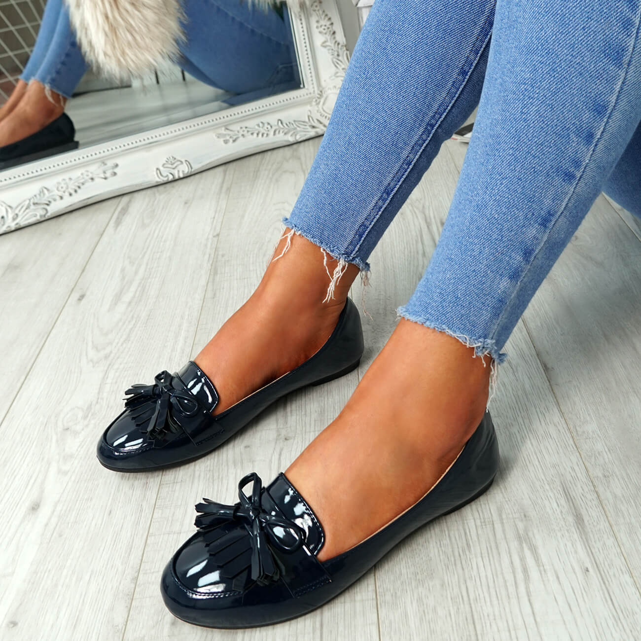 WOMENS-LADIES-FRINGE-BALLERINAS-SLIP-ON-FLAT-DOLLY-PUMPS-CASUAL-SMART-SHOES-SIZE thumbnail 18