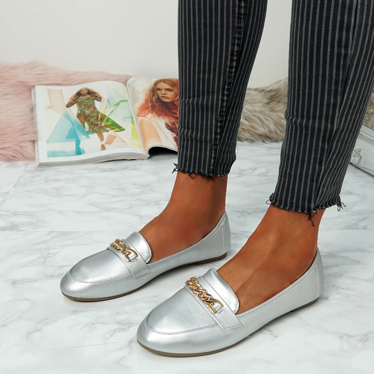 WOMENS-LADIES-CHAIN-SLIP-ON-BALLERINA-LOAFERS-BALLET-DOLLY-PUMPS-SHOES-SIZE thumbnail 38