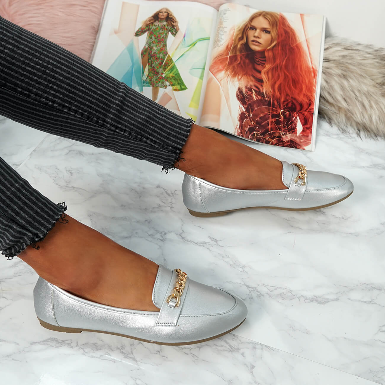 WOMENS-LADIES-CHAIN-SLIP-ON-BALLERINA-LOAFERS-BALLET-DOLLY-PUMPS-SHOES-SIZE thumbnail 40