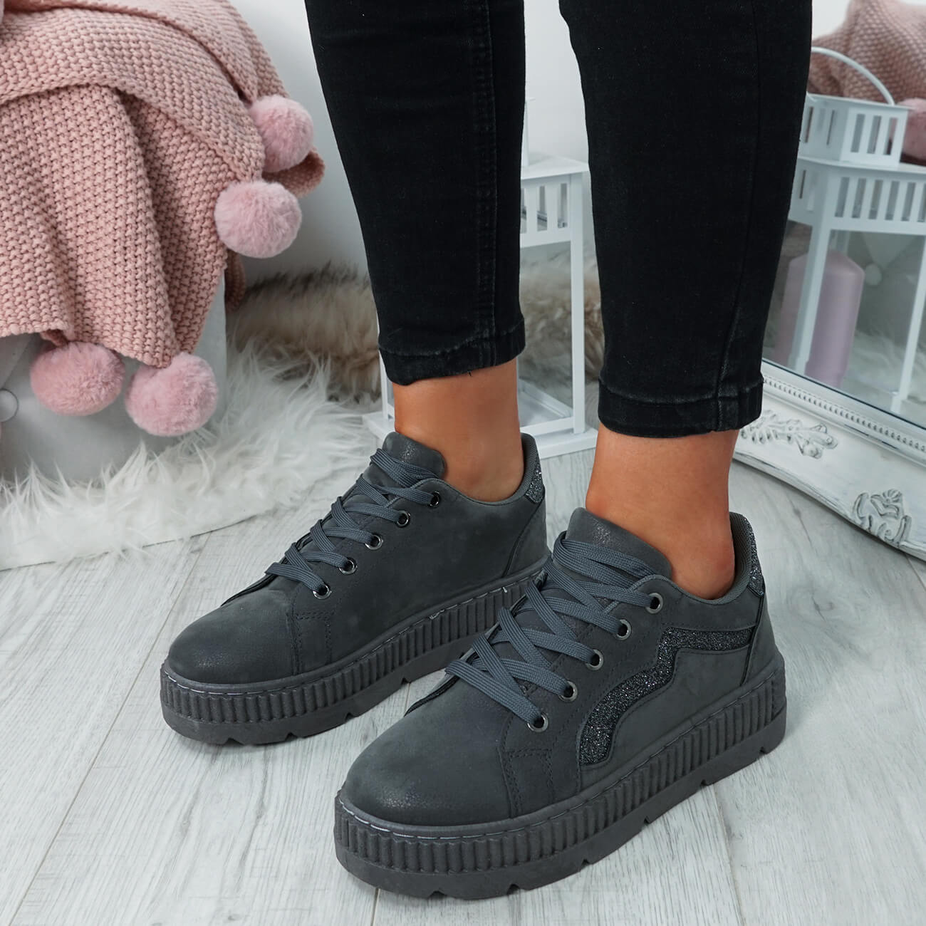 WOMENS-LADIES-LACE-UP-PLATFORM-TRAINERS-PLIMSOLL-SKATE-SNEAKERS-SHOES-SIZE thumbnail 17