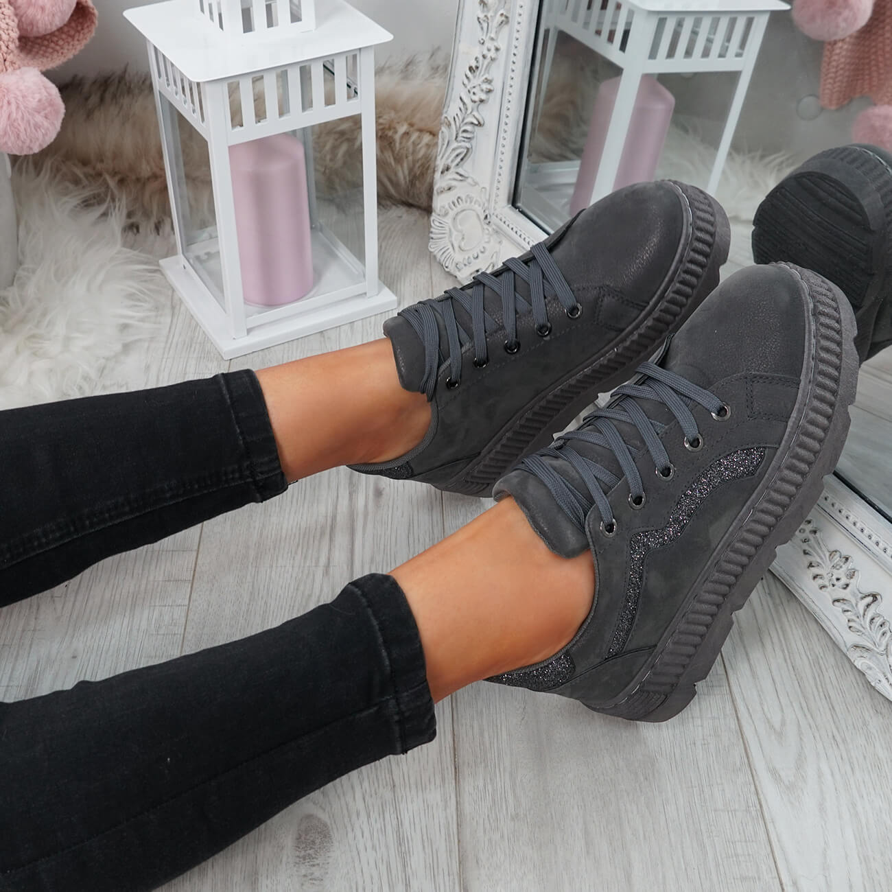 WOMENS-LADIES-LACE-UP-PLATFORM-TRAINERS-PLIMSOLL-SKATE-SNEAKERS-SHOES-SIZE thumbnail 18