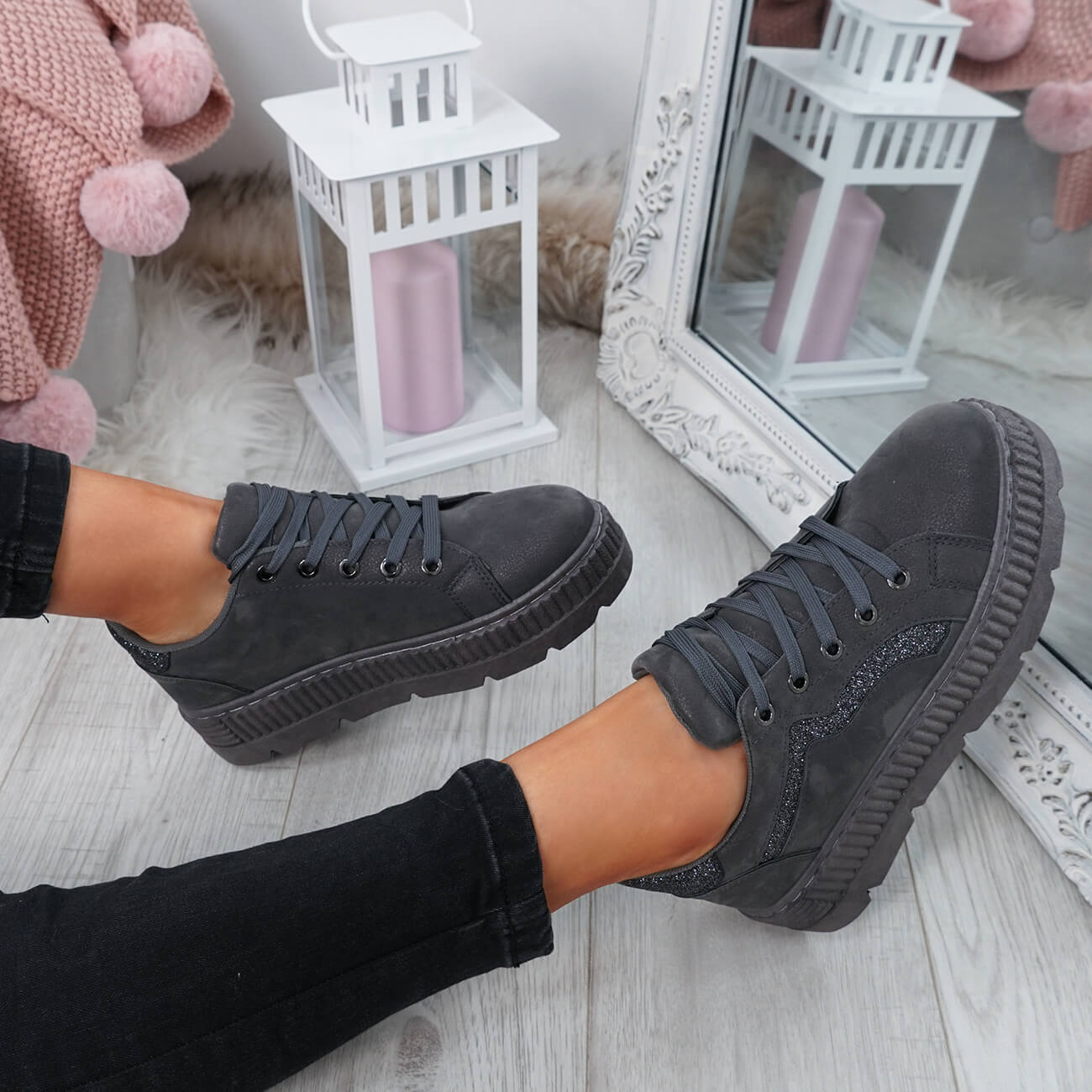 WOMENS-LADIES-LACE-UP-PLATFORM-TRAINERS-PLIMSOLL-SKATE-SNEAKERS-SHOES-SIZE thumbnail 19