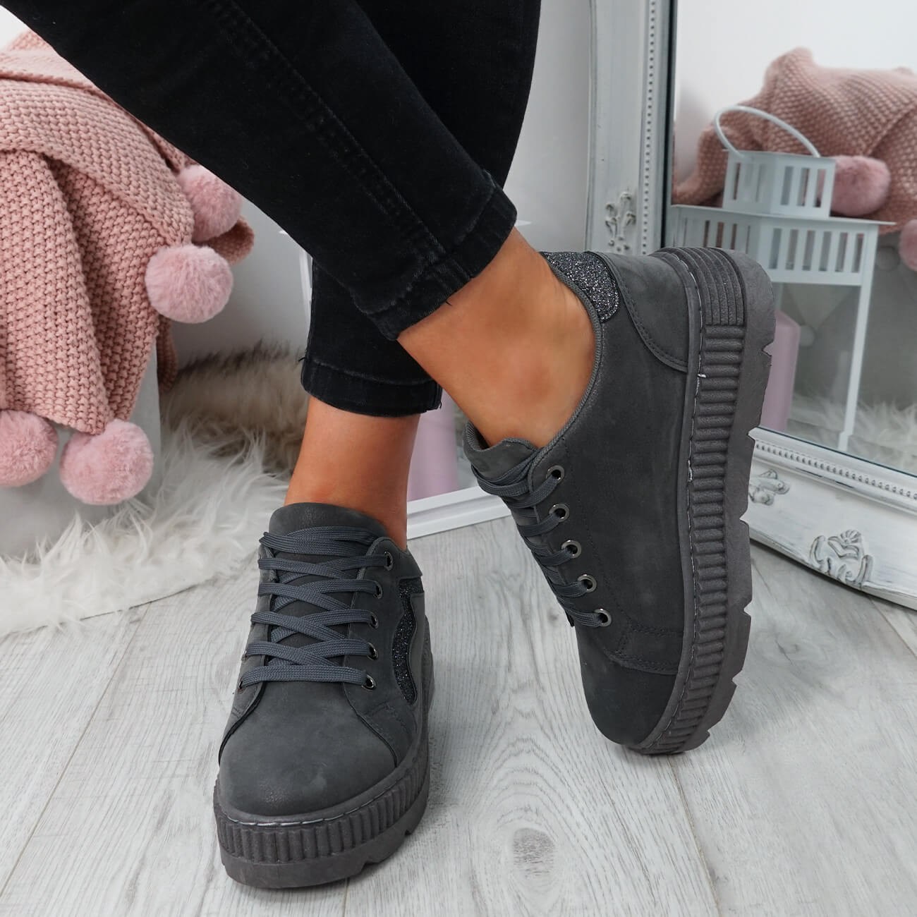 WOMENS-LADIES-LACE-UP-PLATFORM-TRAINERS-PLIMSOLL-SKATE-SNEAKERS-SHOES-SIZE thumbnail 20