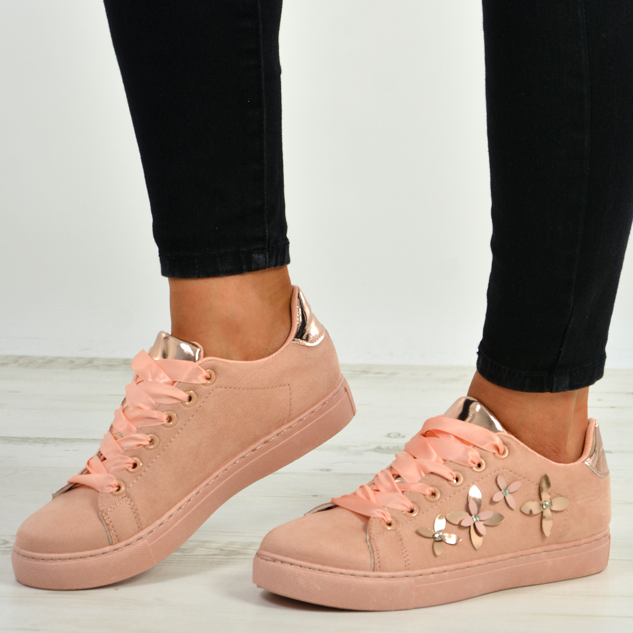 New-Womens-Lace-Up-Flower-Trainers-Ladies-Studded-Plimsoll-Sneaker-Shoes-Size-Uk