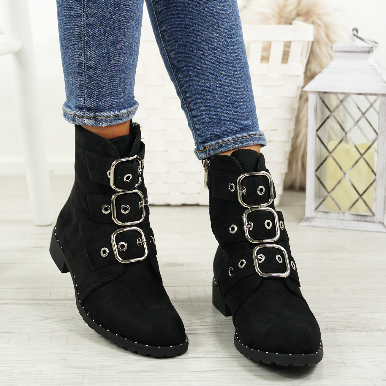 LADIES-WOMENS-BIKER-ANKLE-BOOTS-ZIP-STUDDED-LOW-HEEL-COMFY-SHOES-SIZES thumbnail 12