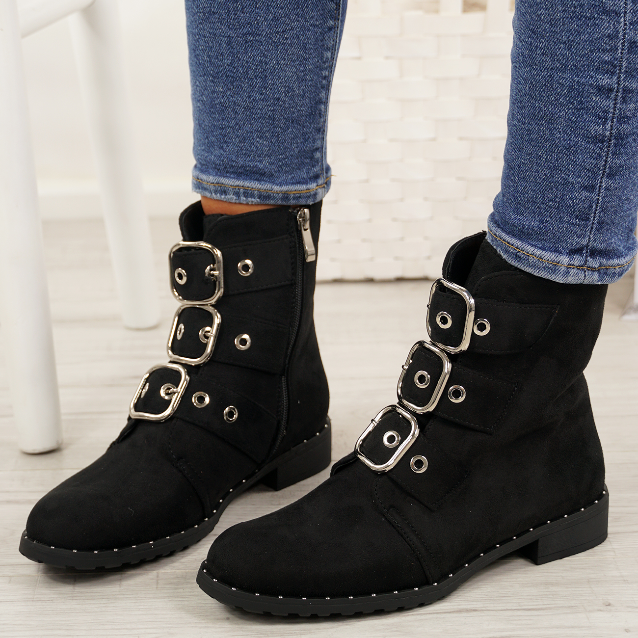 LADIES-WOMENS-BIKER-ANKLE-BOOTS-ZIP-STUDDED-LOW-HEEL-COMFY-SHOES-SIZES thumbnail 13