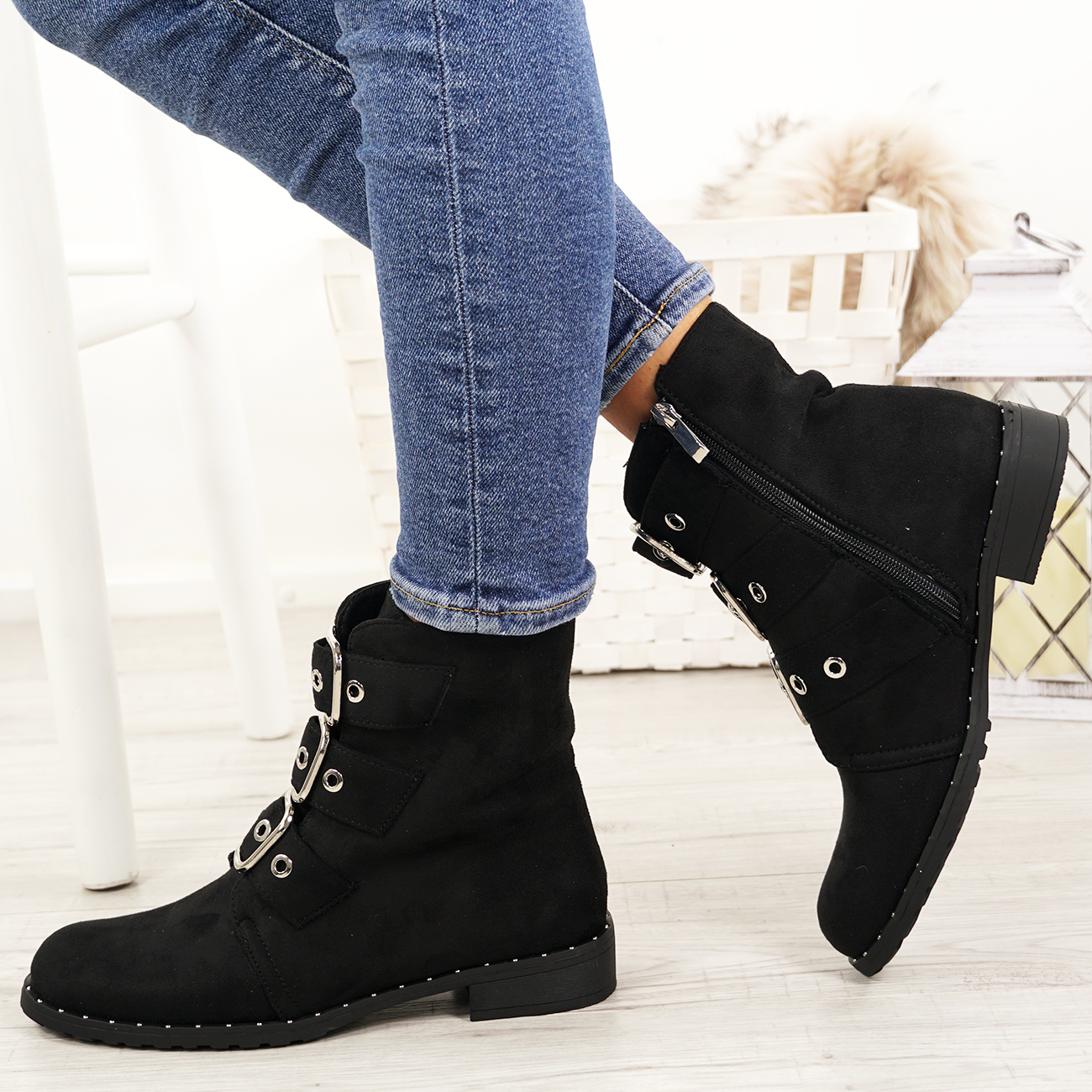 LADIES-WOMENS-BIKER-ANKLE-BOOTS-ZIP-STUDDED-LOW-HEEL-COMFY-SHOES-SIZES thumbnail 14