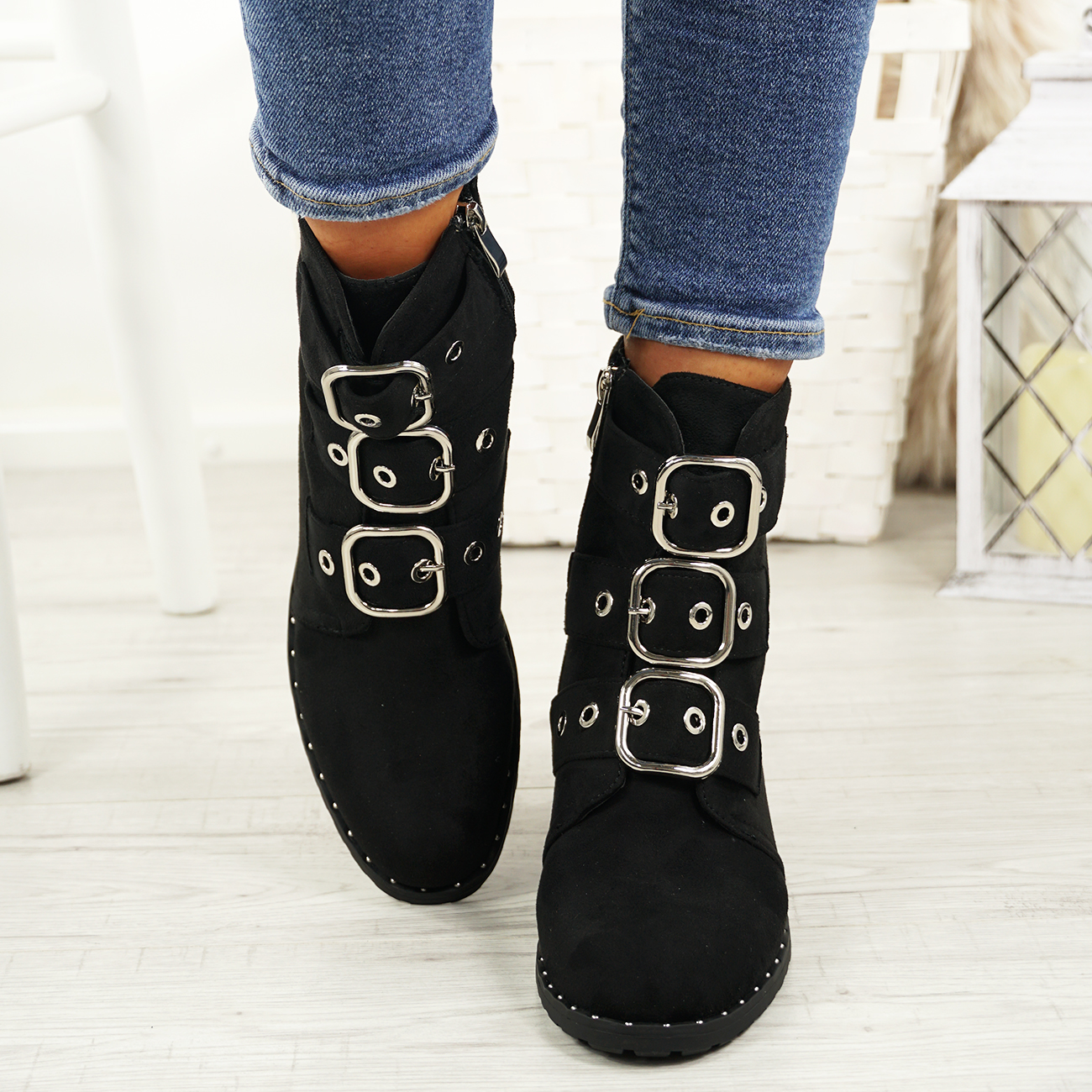 LADIES-WOMENS-BIKER-ANKLE-BOOTS-ZIP-STUDDED-LOW-HEEL-COMFY-SHOES-SIZES thumbnail 15
