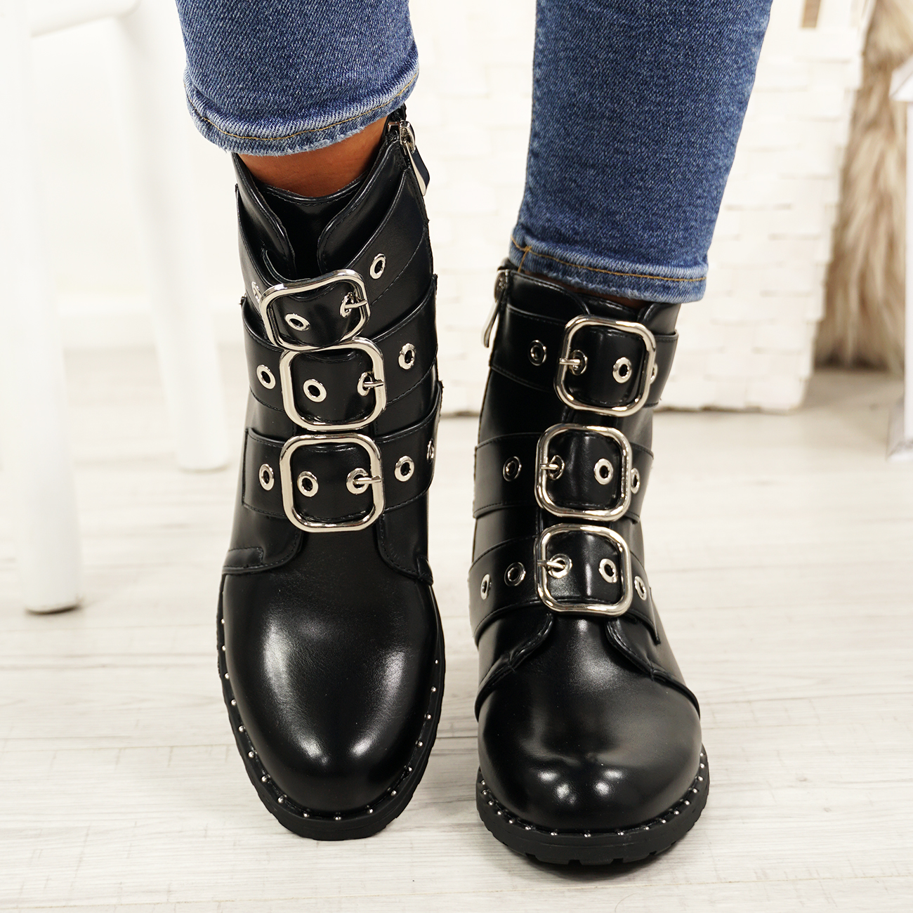 LADIES-WOMENS-BIKER-ANKLE-BOOTS-ZIP-STUDDED-LOW-HEEL-COMFY-SHOES-SIZES thumbnail 8