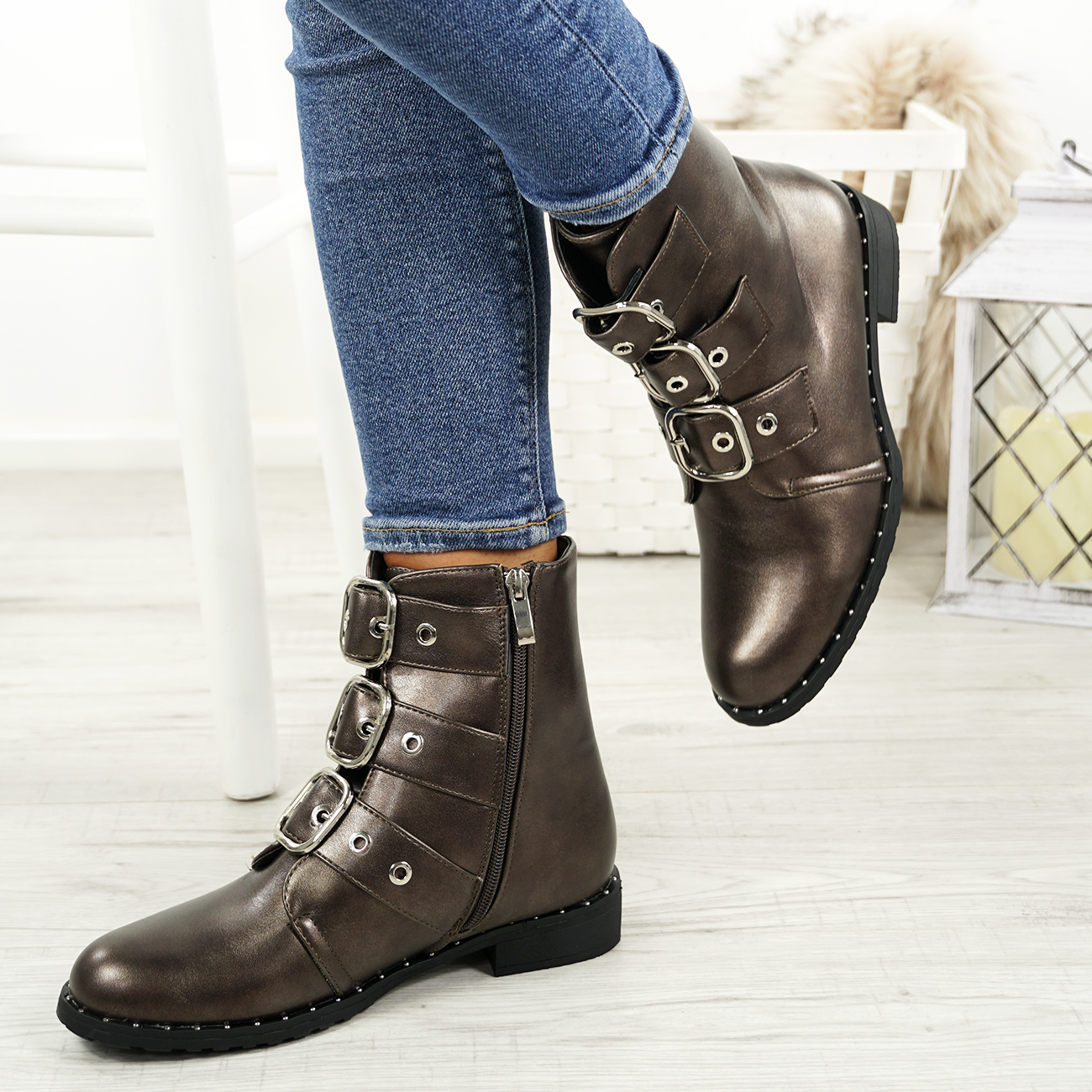 LADIES-WOMENS-BIKER-ANKLE-BOOTS-ZIP-STUDDED-LOW-HEEL-COMFY-SHOES-SIZES thumbnail 20