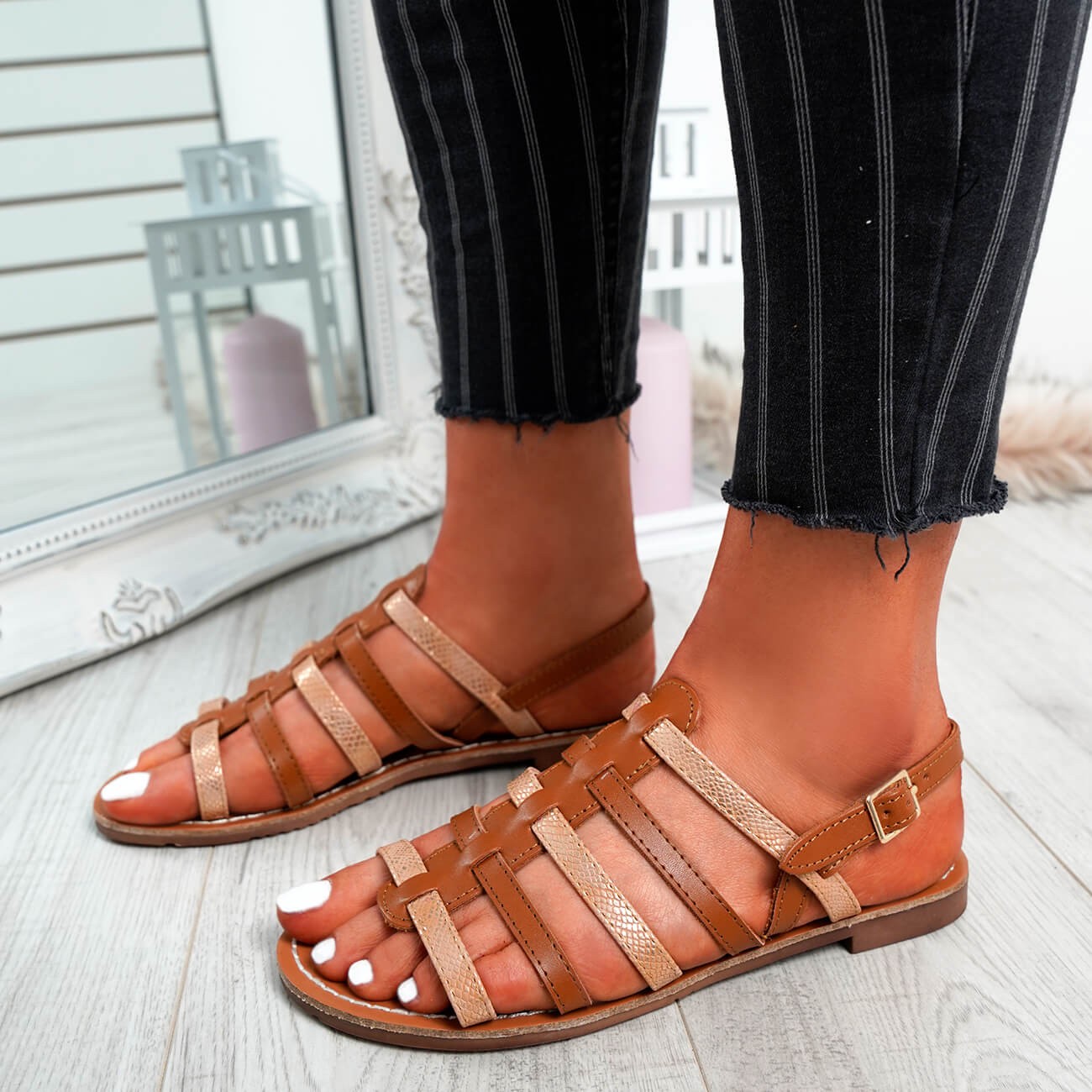 WOMENS-LADIES-BUCKLE-STRAP-FLAT-SUMMER-SANDALS-CASUAL-HOLIDAY-COMFY-SHOES-SIZE thumbnail 12