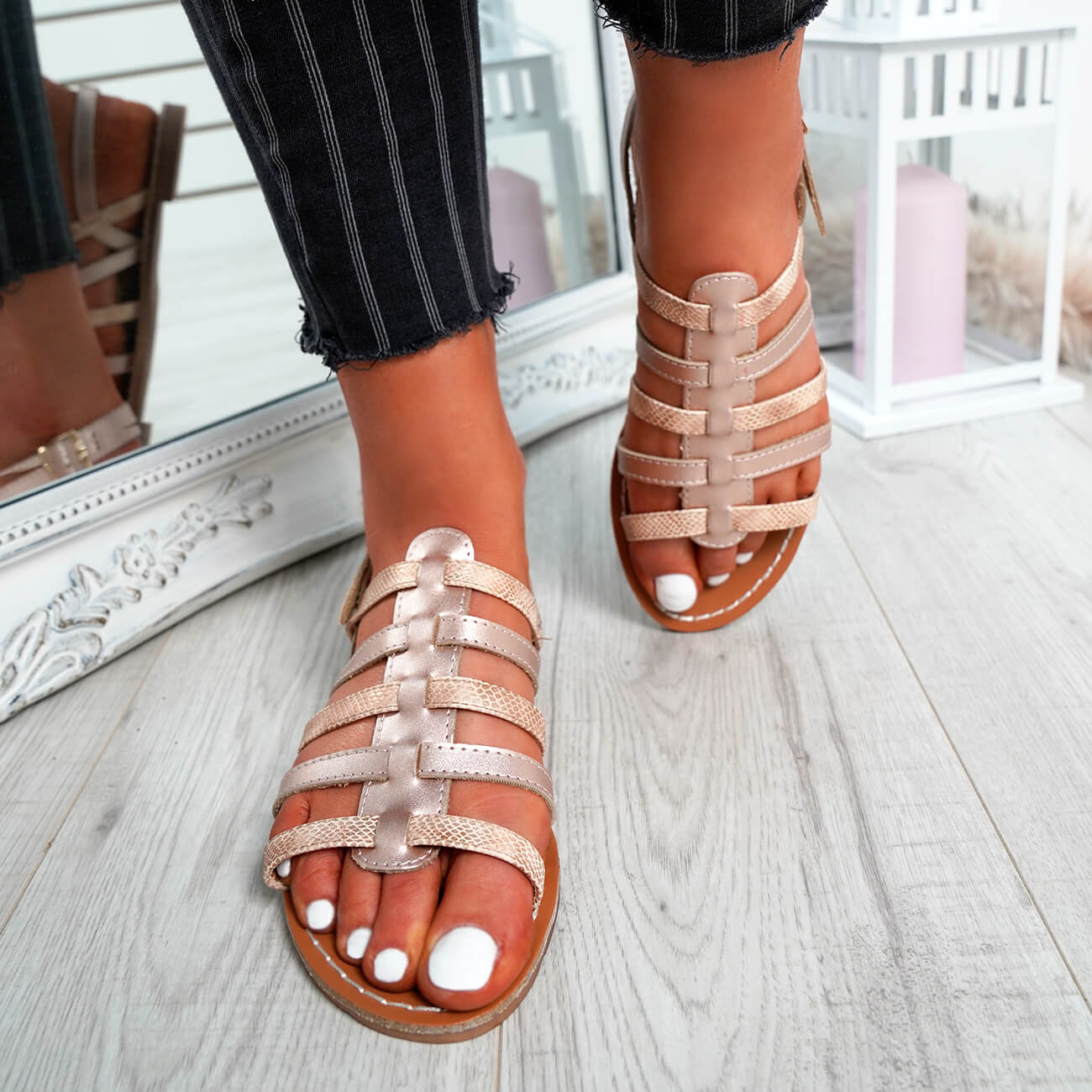 WOMENS-LADIES-BUCKLE-STRAP-FLAT-SUMMER-SANDALS-CASUAL-HOLIDAY-COMFY-SHOES-SIZE thumbnail 20
