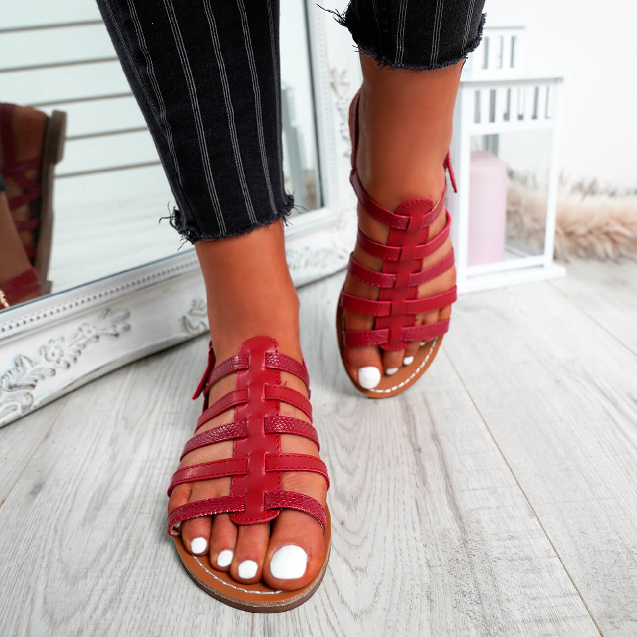 WOMENS-LADIES-BUCKLE-STRAP-FLAT-SUMMER-SANDALS-CASUAL-HOLIDAY-COMFY-SHOES-SIZE thumbnail 27