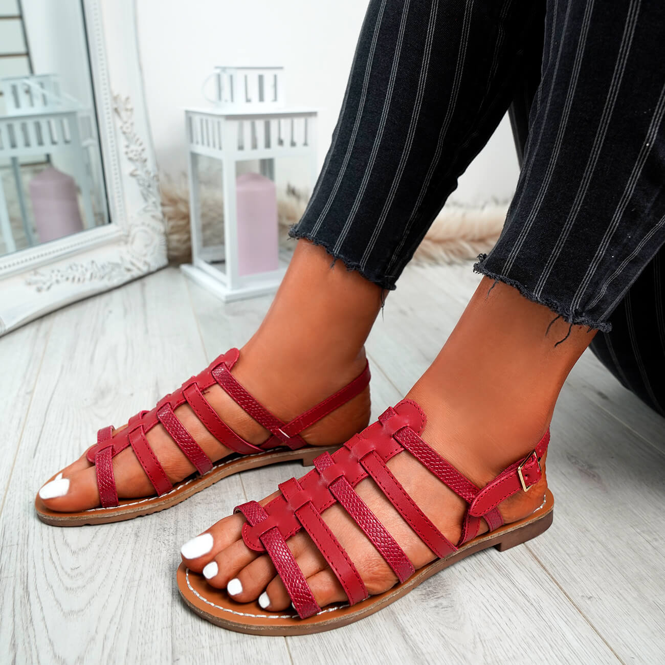 WOMENS-LADIES-BUCKLE-STRAP-FLAT-SUMMER-SANDALS-CASUAL-HOLIDAY-COMFY-SHOES-SIZE thumbnail 29
