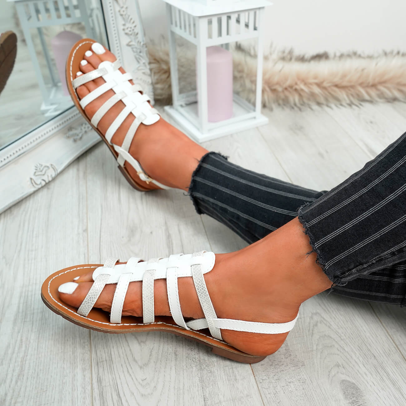 WOMENS-LADIES-BUCKLE-STRAP-FLAT-SUMMER-SANDALS-CASUAL-HOLIDAY-COMFY-SHOES-SIZE thumbnail 33