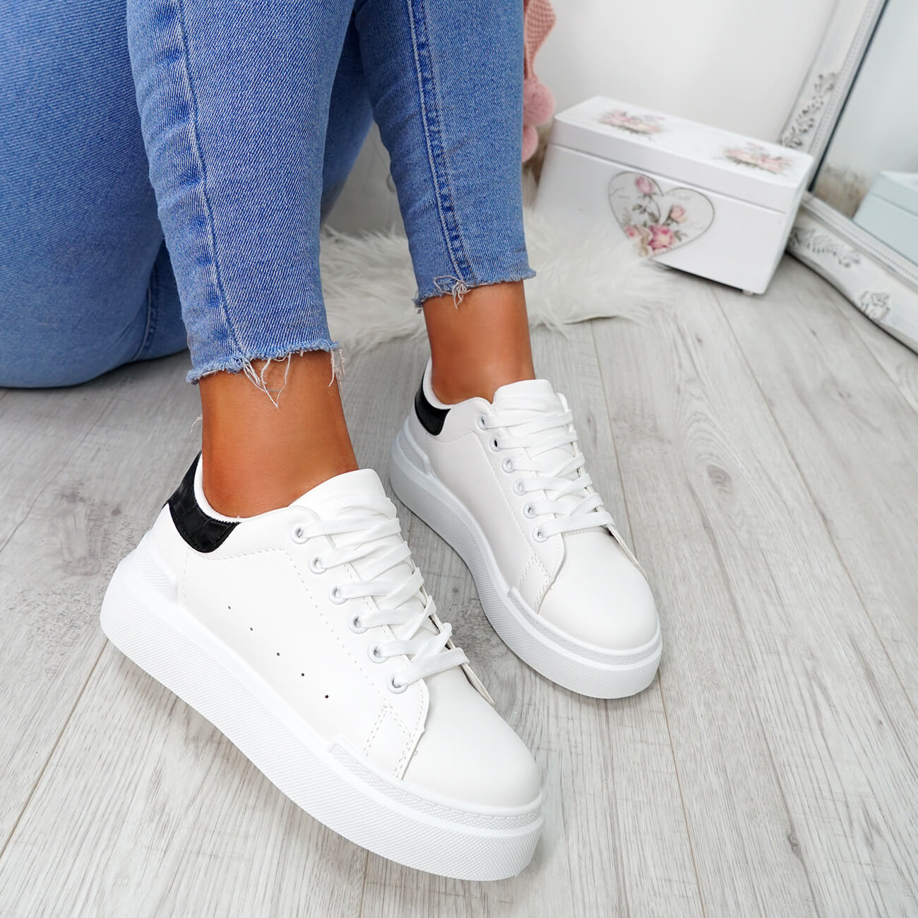 WOMENS-LADIES-LACE-UP-PLIMSOLL-SNEAKERS-CROC-SNAKE-TRAINERS-CASUAL-SHOES-SIZE thumbnail 25