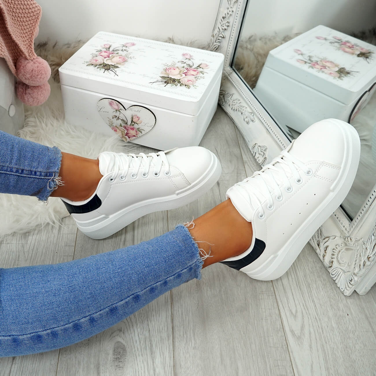 WOMENS-LADIES-LACE-UP-PLIMSOLL-SNEAKERS-CROC-SNAKE-TRAINERS-CASUAL-SHOES-SIZE thumbnail 39