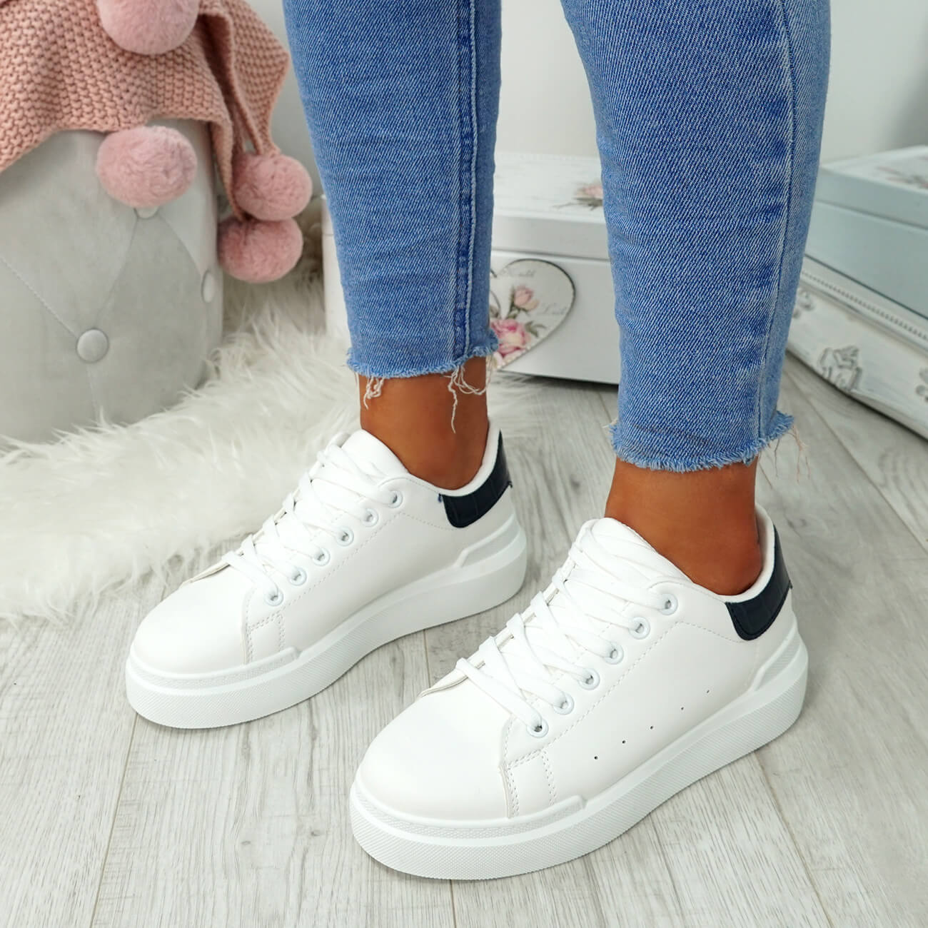 WOMENS-LADIES-LACE-UP-PLIMSOLL-SNEAKERS-CROC-SNAKE-TRAINERS-CASUAL-SHOES-SIZE thumbnail 40