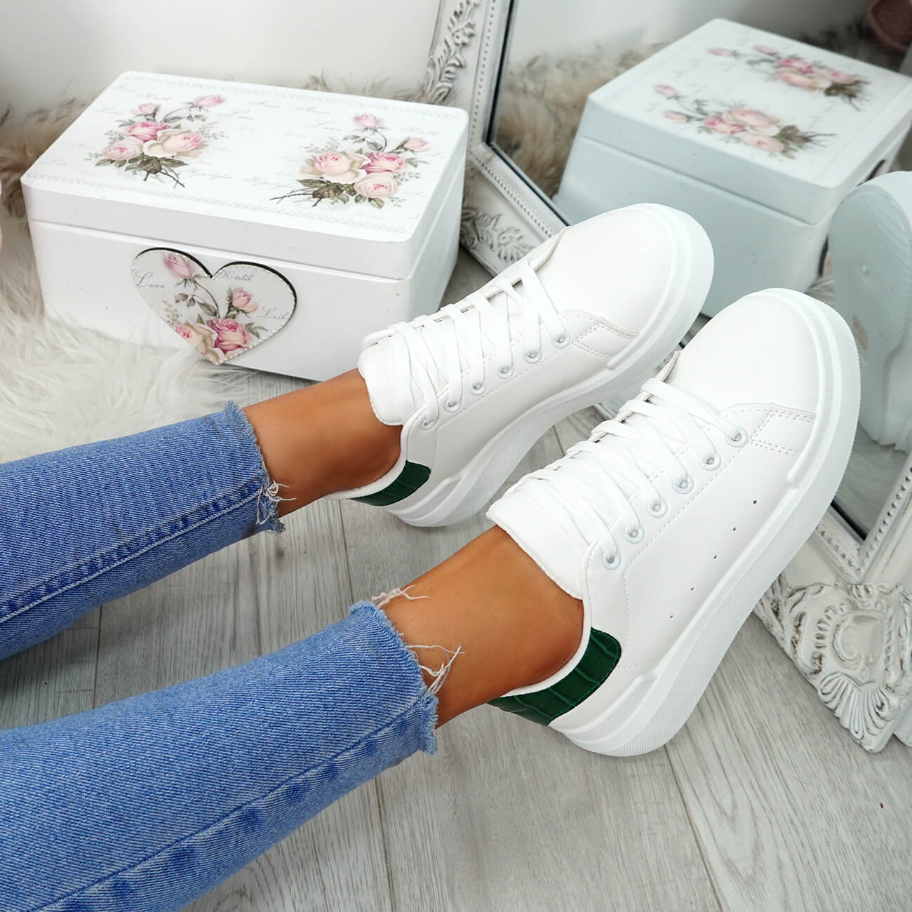 WOMENS-LADIES-LACE-UP-PLIMSOLL-SNEAKERS-CROC-SNAKE-TRAINERS-CASUAL-SHOES-SIZE thumbnail 48